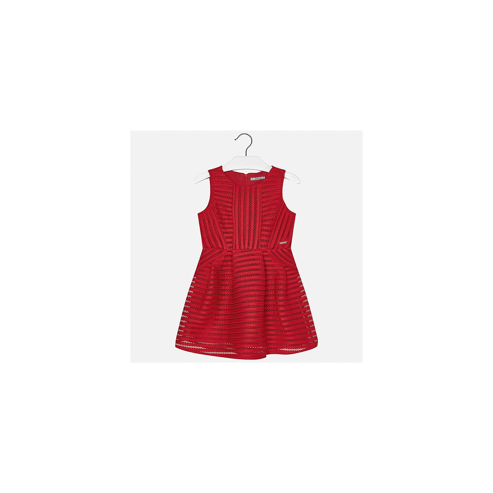 Платье для девочки MayoralОдежда<br>Характеристики товара:<br><br>• цвет: красный<br>• состав: 100% полиэстер, подкладка - 100% полиэстер<br>• застежка: молния<br>• приталенное<br>• без рукавов<br>• с подкладкой<br>• страна бренда: Испания<br><br>Нарядное платье для девочки поможет разнообразить гардероб ребенка и создать эффектный наряд. Оно подойдет для различных случаев. Платье хорошо сидит по фигуре.<br><br>Платье для девочки от испанского бренда Mayoral (Майорал) можно купить в нашем интернет-магазине.<br><br>Ширина мм: 236<br>Глубина мм: 16<br>Высота мм: 184<br>Вес г: 177<br>Цвет: красный<br>Возраст от месяцев: 168<br>Возраст до месяцев: 180<br>Пол: Женский<br>Возраст: Детский<br>Размер: 170,158,128/134,164,140,152<br>SKU: 5293276