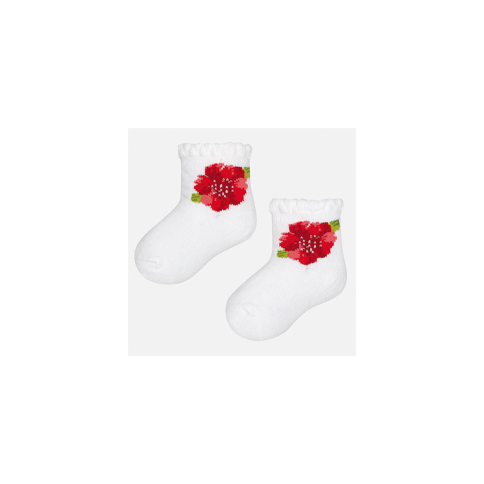 Носки для девочки MayoralНоски<br>Характеристики товара:<br><br>• цвет: белый<br>• состав: 68% хлопок, 28% полиамид, 4% эластан<br>• комплектация: одна пара<br>• мягкая ажурная резинка<br>• эластичный материал<br>• декорированы цветами<br>• страна бренда: Испания<br><br>Удобные симпатичные носки для девочки помогут обеспечить ребенку комфорт и дополнить наряд. Универсальный цвет позволяет надевать их под обувь разных расцветок. Носки удобно сидят на ноге и красиво смотрятся. В составе материала - натуральный хлопок, гипоаллергенный, приятный на ощупь, дышащий. <br><br>Одежда, обувь и аксессуары от испанского бренда Mayoral полюбились детям и взрослым по всему миру. Модели этой марки - стильные и удобные. Для их производства используются только безопасные, качественные материалы и фурнитура. Порадуйте ребенка модными и красивыми вещами от Mayoral! <br><br>Носки для девочки от испанского бренда Mayoral (Майорал) можно купить в нашем интернет-магазине.<br><br>Ширина мм: 87<br>Глубина мм: 10<br>Высота мм: 105<br>Вес г: 115<br>Цвет: белый<br>Возраст от месяцев: 21<br>Возраст до месяцев: 24<br>Пол: Женский<br>Возраст: Детский<br>Размер: 24,12<br>SKU: 5293385