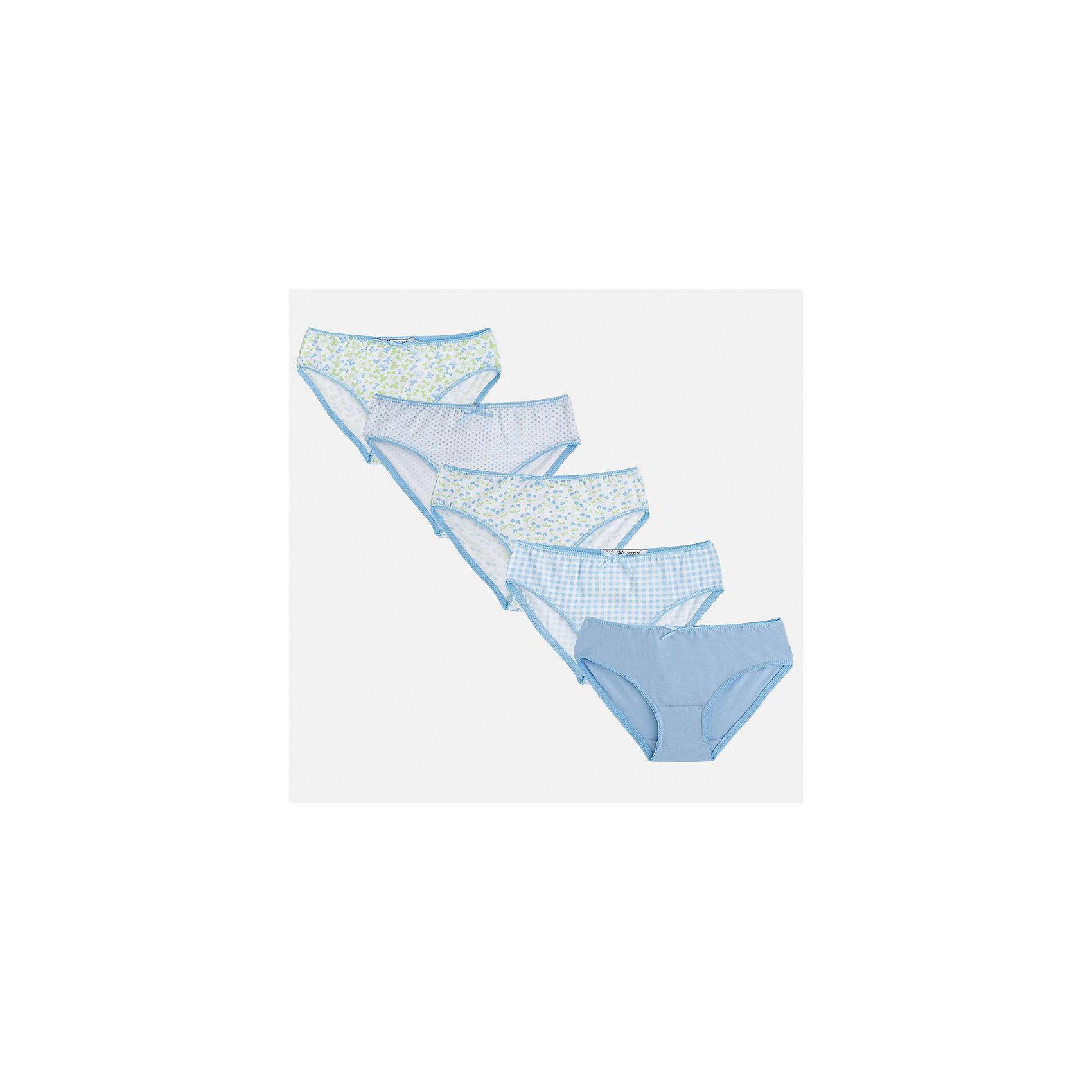 Трусы (5 шт.) для девочки MayoralНижнее бельё<br>Характеристики товара:<br><br>• цвет: белый/голубой<br>• состав: 100% хлопок<br>• комплектация: 5 шт.<br>• мягкая резинка<br>• эластичный материал<br>• декорированы бантом<br>• страна бренда: Испания<br><br>В комплекте - пять предметов различной расцветки. Некоторые декорированы принтом. Трусы сделаны из мягкого материала, поэтому в них ребенку будет очень удобно. В составе материала - только натуральный хлопок, гипоаллергенный, приятный на ощупь, дышащий. <br><br>Трусы (5 шт.) для девочки от испанского бренда Mayoral (Майорал) можно купить в нашем интернет-магазине.<br><br>Ширина мм: 196<br>Глубина мм: 10<br>Высота мм: 154<br>Вес г: 152<br>Цвет: голубой<br>Возраст от месяцев: 18<br>Возраст до месяцев: 24<br>Пол: Женский<br>Возраст: Детский<br>Размер: 92,158,104,116,128/134,140,152<br>SKU: 5293420