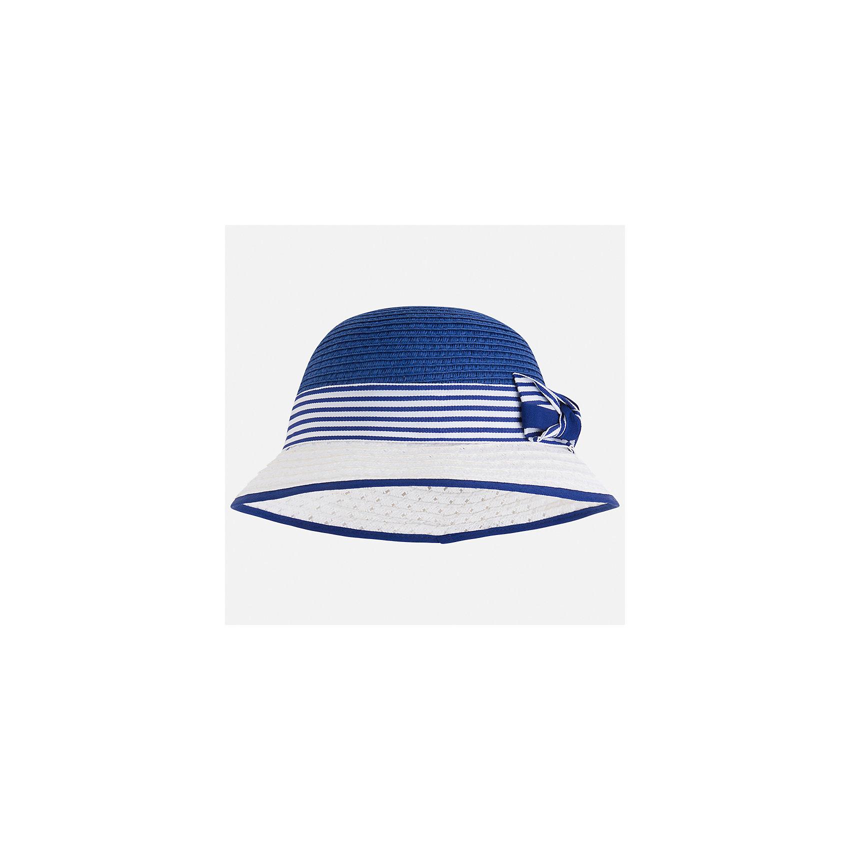 Шляпа для девочки MayoralЛетние<br>Характеристики товара:<br><br>• цвет: синий/белый<br>• состав: 100% бумага<br>• контрастные цвета<br>• дышащая фактура<br>• декорирована бантом<br>• страна бренда: Испания<br><br>Красивая легкая шляпа для девочки поможет обеспечить ребенку защиту от солнца и дополнить наряд. Универсальный цвет позволяет надевать её под наряды различных расцветок. Шляпа удобно сидит и красиво смотрится. <br><br>Одежда, обувь и аксессуары от испанского бренда Mayoral полюбились детям и взрослым по всему миру. Модели этой марки - стильные и удобные. Для их производства используются только безопасные, качественные материалы и фурнитура. Порадуйте ребенка модными и красивыми вещами от Mayoral! <br><br>Шляпу для девочки от испанского бренда Mayoral (Майорал) можно купить в нашем интернет-магазине.<br><br>Ширина мм: 89<br>Глубина мм: 117<br>Высота мм: 44<br>Вес г: 155<br>Цвет: синий<br>Возраст от месяцев: 72<br>Возраст до месяцев: 84<br>Пол: Женский<br>Возраст: Детский<br>Размер: 54,50,52<br>SKU: 5293531