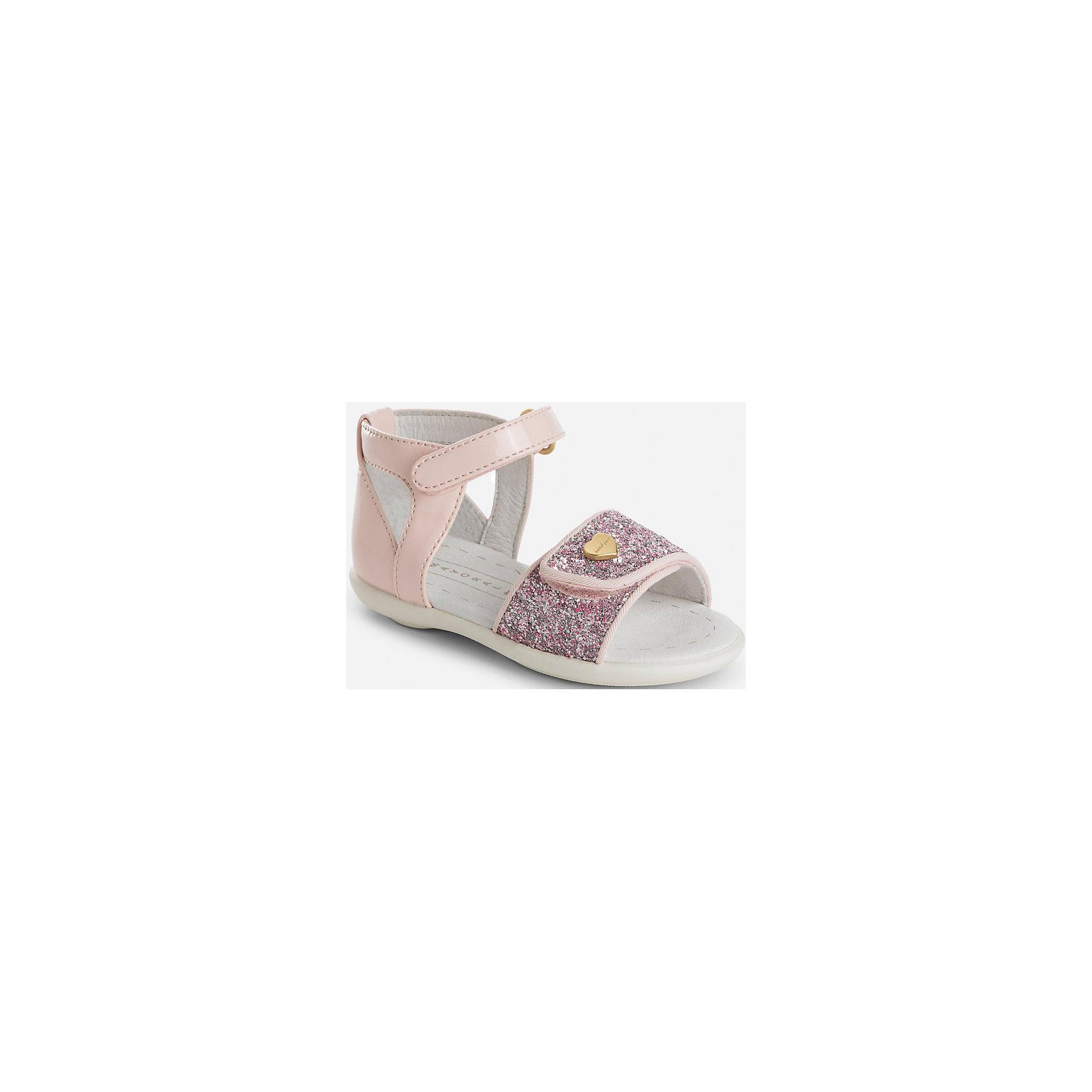 Сандали для девочки MayoralХарактеристики товара:<br><br>• цвет: розовый<br>• состав: верх - полиуретан, подкладка и стелька - 100% натуральная кожа, подошва - резина<br>• застежка: липучка<br>• металлическое украшение<br>• устойчивая подошва<br>• декорированы блестящей вставкой<br>• страна бренда: Испания<br><br>Симпатичные сандали для девочки помогут обеспечить ребенку комфорт и дополнить наряд. Универсальный цвет позволяет надевать их под наряд разных расцветок. Сандали удобно сидят на ноге и красиво смотрятся. Отличный вариант и на праздник и на каждый день!<br><br>Одежда, обувь и аксессуары от испанского бренда Mayoral полюбились детям и взрослым по всему миру. Модели этой марки - стильные и удобные. Для их производства используются только безопасные, качественные материалы и фурнитура. Порадуйте ребенка модными и красивыми вещами от Mayoral! <br><br>Сандали для девочки от испанского бренда Mayoral (Майорал) можно купить в нашем интернет-магазине.<br><br>Ширина мм: 219<br>Глубина мм: 154<br>Высота мм: 121<br>Вес г: 343<br>Цвет: розовый<br>Возраст от месяцев: 24<br>Возраст до месяцев: 24<br>Пол: Женский<br>Возраст: Детский<br>Размер: 25,22,23,24<br>SKU: 5293678