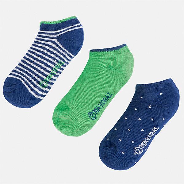 Носки (3 пары) для мальчика MayoralНоски<br>Характеристики товара:<br><br>• цвет: синий/зеленый<br>• состав: 72% хлопок, 25% полиамид, 3% эластан<br>• комплектация: три пары<br>• мягкая резинка<br>• эластичный материал<br>• декорированы рисунком<br>• страна бренда: Испания<br><br>Удобные симпатичные носки для мальчика помогут обеспечить ребенку комфорт и дополнить наряд. Универсальный цвет позволяет надевать их под обувь разных расцветок. Носки удобно сидят на ноге и аккуратно смотрятся. Этот комплект - практичный и красивый! В составе материала - натуральный хлопок, гипоаллергенный, приятный на ощупь, дышащий. <br><br>Одежда, обувь и аксессуары от испанского бренда Mayoral полюбились детям и взрослым по всему миру. Модели этой марки - стильные и удобные. Для их производства используются только безопасные, качественные материалы и фурнитура. Порадуйте ребенка модными и красивыми вещами от Mayoral! <br><br>Носки (3 пары) для мальчика от испанского бренда Mayoral (Майорал) можно купить в нашем интернет-магазине.<br>Ширина мм: 87; Глубина мм: 10; Высота мм: 105; Вес г: 115; Цвет: синий/зеленый; Возраст от месяцев: 72; Возраст до месяцев: 96; Пол: Мужской; Возраст: Детский; Размер: 8,6,4,2; SKU: 5294362;