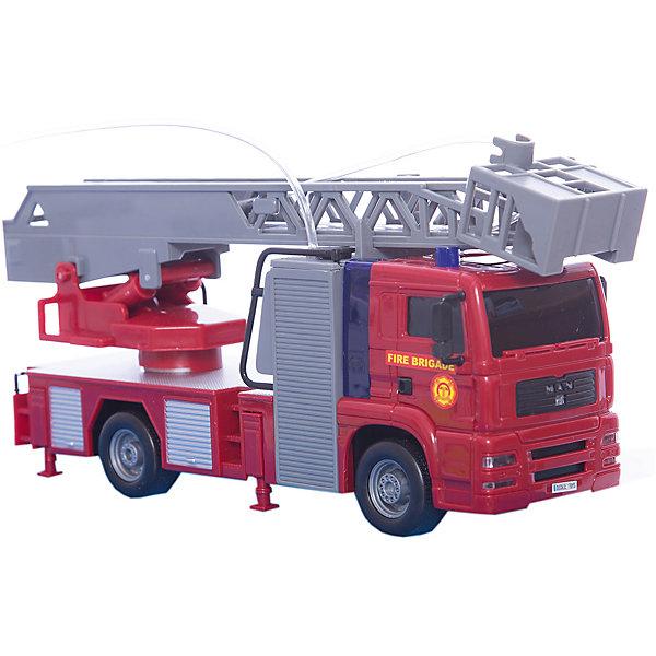 Пожарная машина, 31 см, Dickie ToysМашинки<br>Характеристики:<br><br>• длина машины: 31 см;<br>• длина лестницы: 47 см;<br>• особенности: световые и звуковые эффекты, разбрызгивание воды;<br>• батарейки входят в комплект набора: 2 шт. типа АА;<br>• материал: пластик;<br>• размер упаковки: 34,5х17х10 см.<br><br>Функциональная пожарная машина Dickie Toys с выдвижной лестницей оснащена световыми и звуковыми эффектами. Наличие водомета делает игру реалистичнее и интереснее. Резервуар наполняется водой, струйки воды разбрызгиваются – пожар потушен.<br><br>Пожарную машину, 31 см, Dickie Toys можно купить в нашем магазине.<br>Ширина мм: 100; Глубина мм: 170; Высота мм: 345; Вес г: 711; Возраст от месяцев: 36; Возраст до месяцев: 120; Пол: Мужской; Возраст: Детский; SKU: 5295521;
