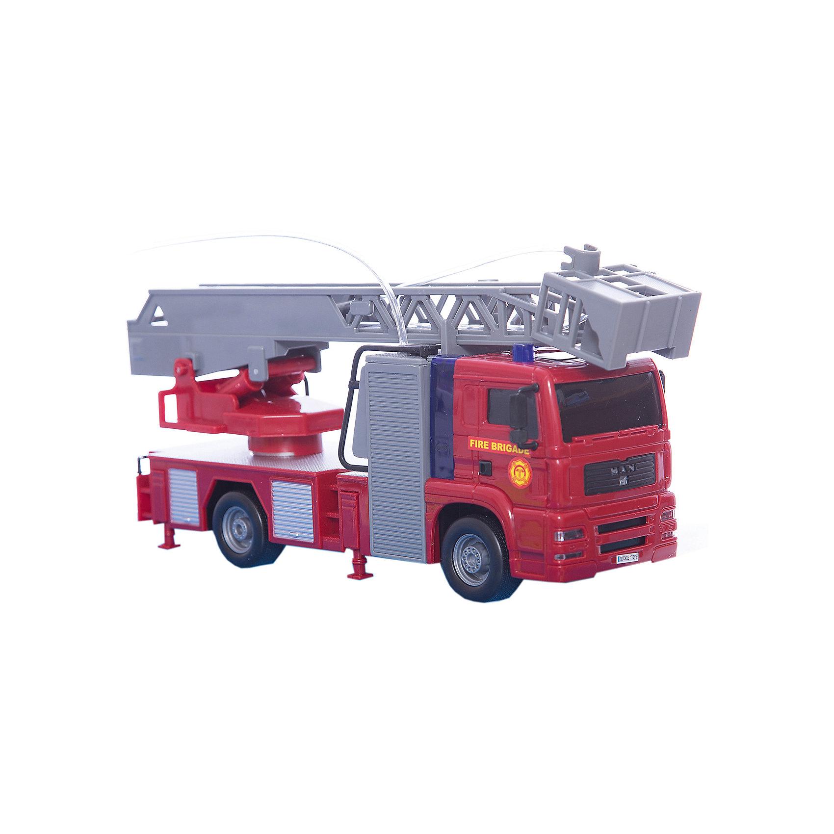 Пожарная машина, 31 см, Dickie ToysМашинки<br>Характеристики:<br><br>• длина машины: 31 см;<br>• длина лестницы: 47 см;<br>• особенности: световые и звуковые эффекты, разбрызгивание воды;<br>• батарейки входят в комплект набора: 2 шт. типа АА;<br>• материал: пластик;<br>• размер упаковки: 34,5х17х10 см.<br><br>Функциональная пожарная машина Dickie Toys с выдвижной лестницей оснащена световыми и звуковыми эффектами. Наличие водомета делает игру реалистичнее и интереснее. Резервуар наполняется водой, струйки воды разбрызгиваются – пожар потушен.<br><br>Пожарную машину, 31 см, Dickie Toys можно купить в нашем магазине.<br><br>Ширина мм: 100<br>Глубина мм: 170<br>Высота мм: 345<br>Вес г: 711<br>Возраст от месяцев: 36<br>Возраст до месяцев: 120<br>Пол: Мужской<br>Возраст: Детский<br>SKU: 5295521
