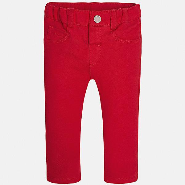 Леггинсы для девочки MayoralДжинсы и брючки<br>Характеристики товара:<br><br>• цвет: красный<br>• состав: 95% хлопок, 5% эластан<br>• шлевки<br>• эластичный материал<br>• классический силуэт<br>• декоративная отделка карманов<br>• страна бренда: Испания<br><br>Модные леггинсы для девочки смогут разнообразить гардероб ребенка и украсить наряд. Они отлично сочетаются с майками, футболками, блузками. Красивый оттенок позволяет подобрать к вещи верх разных расцветок. В составе материала - натуральный хлопок, гипоаллергенный, приятный на ощупь, дышащий. Леггинсы отлично сидят и не стесняют движения.<br><br>Одежда, обувь и аксессуары от испанского бренда Mayoral полюбились детям и взрослым по всему миру. Модели этой марки - стильные и удобные. Для их производства используются только безопасные, качественные материалы и фурнитура. Порадуйте ребенка модными и красивыми вещами от Mayoral! <br><br>Леггинсы для девочки от испанского бренда Mayoral (Майорал) можно купить в нашем интернет-магазине.<br><br>Ширина мм: 123<br>Глубина мм: 10<br>Высота мм: 149<br>Вес г: 209<br>Цвет: красный<br>Возраст от месяцев: 6<br>Возраст до месяцев: 9<br>Пол: Женский<br>Возраст: Детский<br>Размер: 74,92,86,80<br>SKU: 5300025