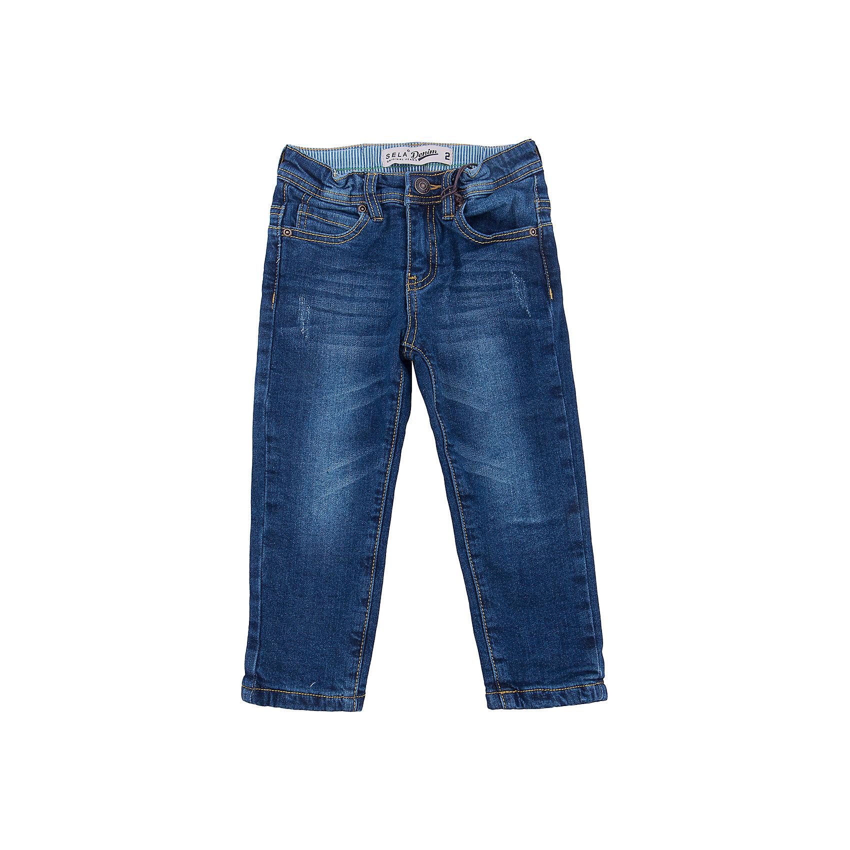 Джинсы для мальчика SELAДжинсовая одежда<br>Джинсы для мальчика от известного бренда SELA<br>Состав:<br>98% хлопок, 2% эластан<br><br>Ширина мм: 215<br>Глубина мм: 88<br>Высота мм: 191<br>Вес г: 336<br>Цвет: синий джинс<br>Возраст от месяцев: 60<br>Возраст до месяцев: 72<br>Пол: Мужской<br>Возраст: Детский<br>Размер: 116,92,98,104,110<br>SKU: 5302154
