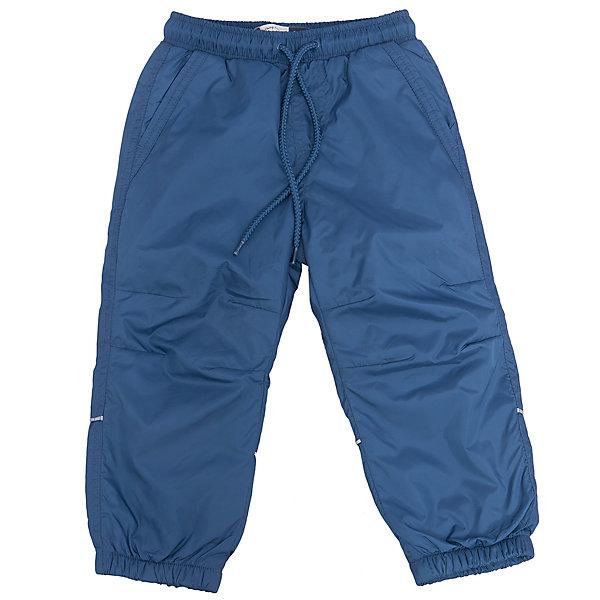 Брюки для мальчика SELAСпортивная одежда<br>Характеристики товара:<br><br>• цвет: синий<br>• состав: верх: 100% полиэстер, подкладка: 100% полиэстер<br>• температурный режим: от +5° до +15°С<br>• подкладка флис<br>• спортивный стиль<br>• имитация ширинки<br>• светоотражающие детали<br>• два втачных кармана<br>• сзади два накладных кармана на кнопке<br>• пояс: мягкая резинка со шнурком<br>• коллекция весна-лето 2017<br>• страна бренда: Российская Федерация<br><br>Вещи из новой коллекции SELA продолжают радовать удобством! Спортивные брюки помогут разнообразить гардероб и обеспечить комфорт. Они отлично сочетаются с майками, футболками, куртками. В составе материала - натуральный хлопок.<br><br>Одежда, обувь и аксессуары от российского бренда SELA не зря пользуются большой популярностью у детей и взрослых! Модели этой марки - стильные и удобные, цена при этом неизменно остается доступной. Для их производства используются только безопасные, качественные материалы и фурнитура. Новая коллекция поддерживает хорошие традиции бренда! <br><br>Брюки для мальчика от популярного бренда SELA (СЕЛА) можно купить в нашем интернет-магазине.<br>Ширина мм: 215; Глубина мм: 88; Высота мм: 191; Вес г: 336; Цвет: голубой; Возраст от месяцев: 36; Возраст до месяцев: 48; Пол: Мужской; Возраст: Детский; Размер: 104,110,116,92,98; SKU: 5302668;