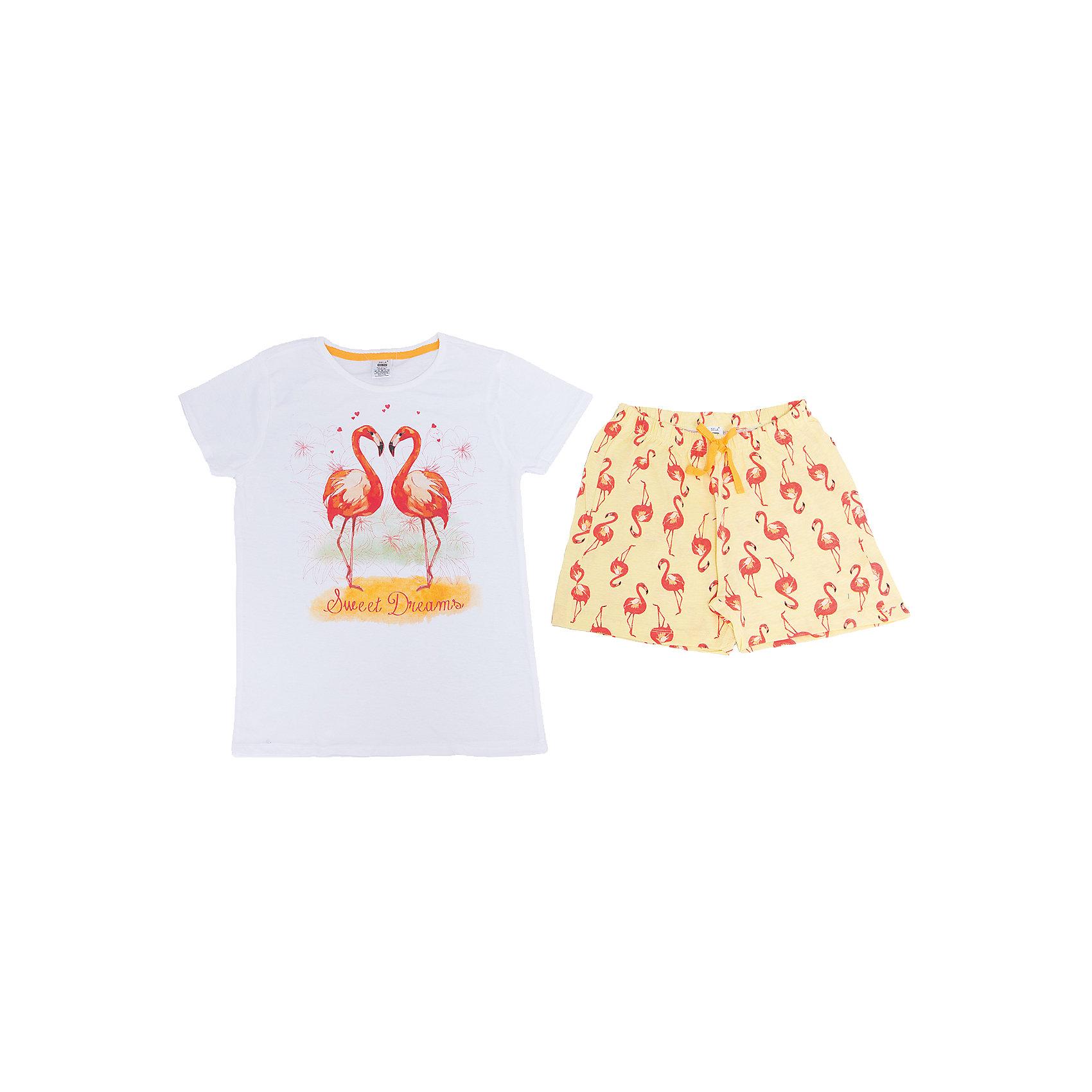 Пижама для девочки SELAПижамы и сорочки<br>Характеристики товара:<br><br>• цвет: белый/жёлтый<br>• состав: 100% хлопок<br>• комплектация: футболка, шорты<br>• короткие рукава<br>• принт<br>• пояс: мягкая резинка и шнурок<br>• страна бренда: Российская Федерация<br><br>Вещи из новой коллекции SELA продолжают радовать удобством! Симпатичная пижама поможет обеспечить ребенку комфорт - она очень удобно сидит на теле. В составе материала - натуральный хлопок. Отличная одежда для комфортного сна!<br><br>Пижаму для девочки от популярного бренда SELA (СЕЛА) можно купить в нашем интернет-магазине.<br><br>Ширина мм: 281<br>Глубина мм: 70<br>Высота мм: 188<br>Вес г: 295<br>Цвет: белый<br>Возраст от месяцев: 24<br>Возраст до месяцев: 36<br>Пол: Женский<br>Возраст: Детский<br>Размер: 92/98,128/134,140/146,104/110,116/122<br>SKU: 5302869