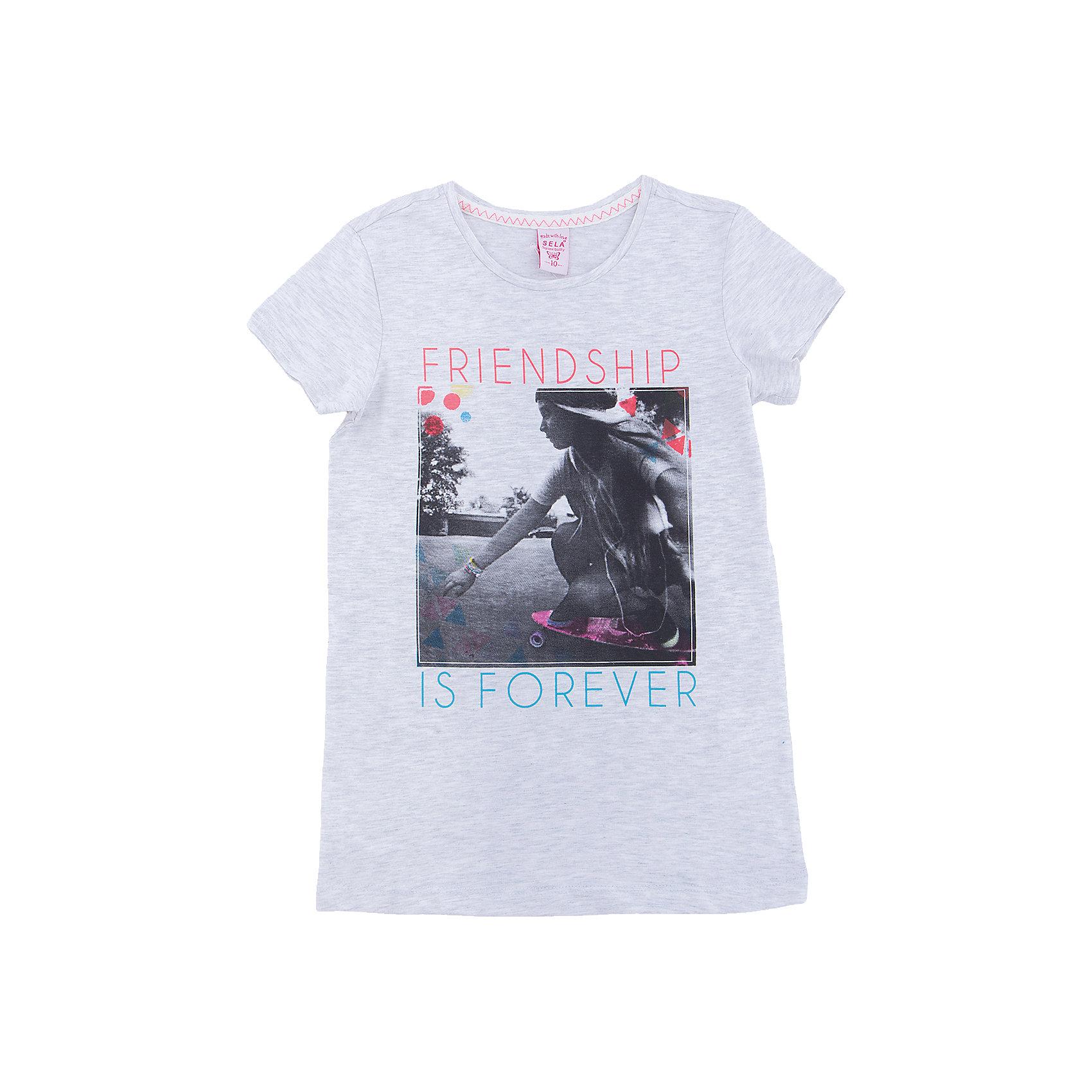 Футболка  для девочки SELAФутболки, поло и топы<br>Характеристики товара:<br><br>• цвет: серый<br>• состав: 100% хлопок<br>• декорирована принтом<br>• короткие рукава<br>• округлый горловой вырез<br>• страна бренда: Российская Федерация<br><br>В новой коллекции SELA отличные модели одежды! Эта футболка для девочки поможет разнообразить гардероб ребенка и обеспечить комфорт. Она отлично сочетается с юбками и брюками. Стильная и удобная вещь!<br><br>Футболку для девочки от популярного бренда SELA (СЕЛА) можно купить в нашем интернет-магазине.<br><br>Ширина мм: 230<br>Глубина мм: 40<br>Высота мм: 220<br>Вес г: 250<br>Цвет: серый<br>Возраст от месяцев: 108<br>Возраст до месяцев: 120<br>Пол: Женский<br>Возраст: Детский<br>Размер: 134,128,122,116,152,146,140<br>SKU: 5303602