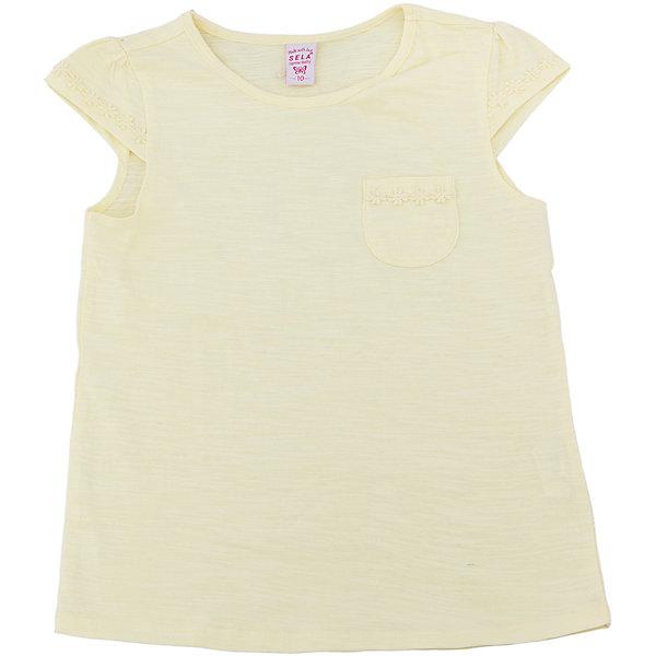 Футболка  для девочки SELAФутболки, поло и топы<br>Характеристики товара:<br><br>• цвет: светло-желтый<br>• состав: 100% хлопок<br>• карман на груди<br>• короткие рукава<br>• округлый горловой вырез<br>• страна бренда: Российская Федерация<br><br>В новой коллекции SELA отличные модели одежды! Эта футболка для девочки поможет разнообразить гардероб ребенка и обеспечить комфорт. Она отлично сочетается с юбками и брюками. Стильная и удобная вещь!<br><br>Футболку для девочки от популярного бренда SELA (СЕЛА) можно купить в нашем интернет-магазине.<br>Ширина мм: 230; Глубина мм: 40; Высота мм: 220; Вес г: 250; Цвет: желтый; Возраст от месяцев: 108; Возраст до месяцев: 120; Пол: Женский; Возраст: Детский; Размер: 140,134,128,122,116,152,146; SKU: 5303626;