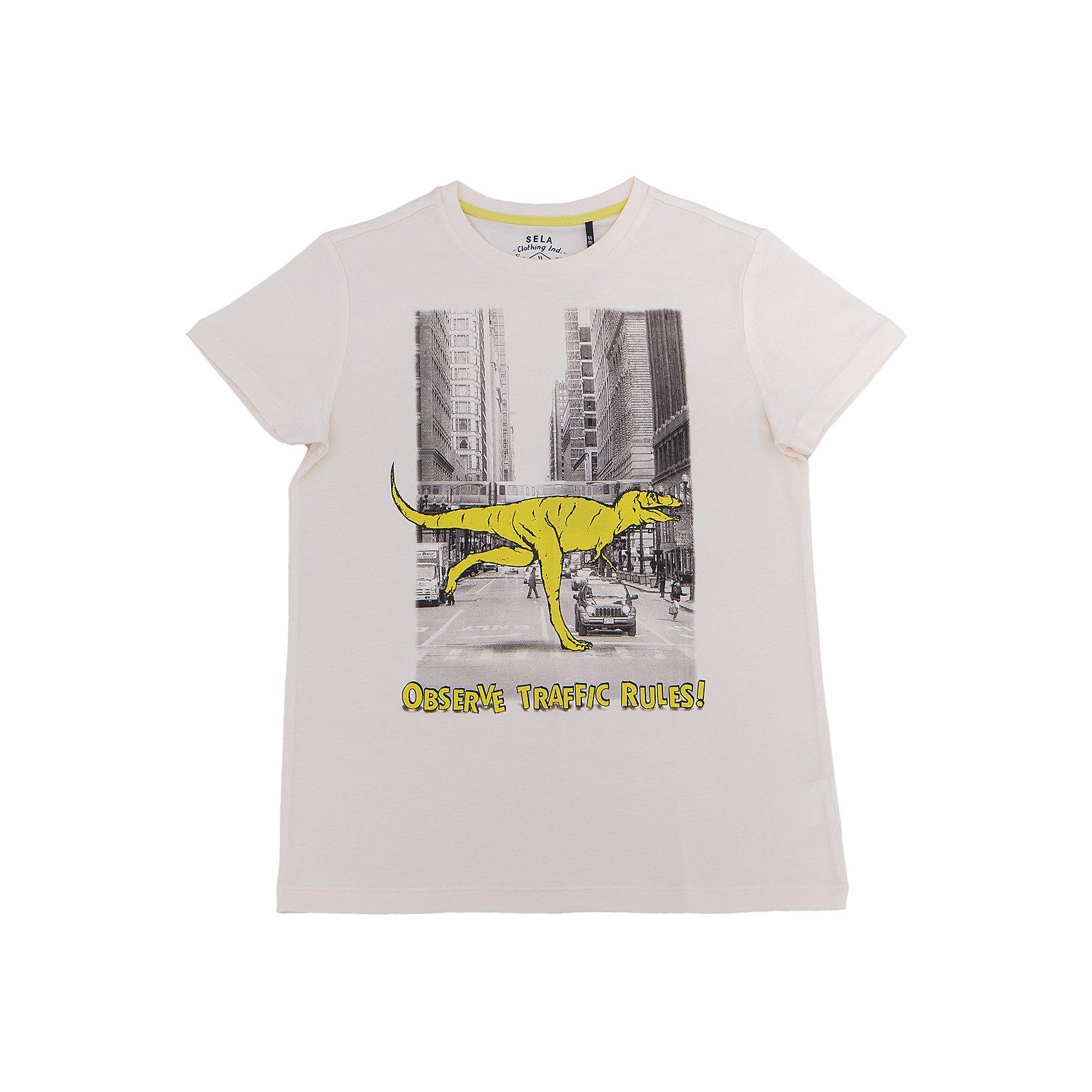 Футболка для мальчика SELAФутболки, поло и топы<br>Характеристики товара:<br><br>• цвет: серый<br>• состав: 100% хлопок<br>• принт<br>• короткие рукава<br>• округлый горловой вырез<br>• страна бренда: Российская Федерация<br><br>В новой коллекции SELA отличные модели одежды! Эта футболка для мальчика поможет разнообразить гардероб ребенка и обеспечить комфорт. Она отлично сочетается с джинсами и брюками. Удобная базовая вещь!<br><br>Футболку для мальчика от популярного бренда SELA (СЕЛА) можно купить в нашем интернет-магазине.<br><br>Ширина мм: 230<br>Глубина мм: 40<br>Высота мм: 220<br>Вес г: 250<br>Цвет: серый<br>Возраст от месяцев: 96<br>Возраст до месяцев: 108<br>Пол: Мужской<br>Возраст: Детский<br>Размер: 146,152,116,122,128,134,140<br>SKU: 5304049