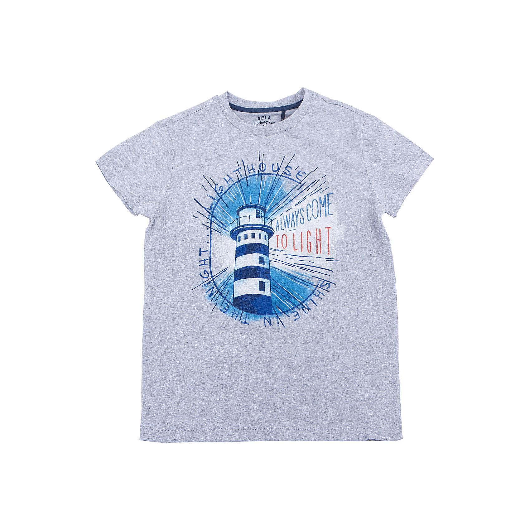 Футболка для мальчика SELAФутболки, поло и топы<br>Характеристики товара:<br><br>• состав: 100% хлопок<br>• сезон: лето<br>• рукава короткие<br>• округлый горловой вырез<br>• страна бренда: Россия<br><br>Вещи из новой коллекции SELA продолжают радовать удобством! Эта футболка для мальчика поможет разнообразить гардероб ребенка и обеспечить комфорт. Она отлично сочетается с шортами и брюками. Стильная и удобная вещь!<br><br>Одежда, обувь и аксессуары от российского бренда SELA не зря пользуются большой популярностью у детей и взрослых!<br><br>Футболку для мальчика от популярного бренда SELA (СЕЛА) можно купить в нашем интернет-магазине.<br><br>Ширина мм: 230<br>Глубина мм: 40<br>Высота мм: 220<br>Вес г: 250<br>Цвет: серый<br>Возраст от месяцев: 108<br>Возраст до месяцев: 120<br>Пол: Мужской<br>Возраст: Детский<br>Размер: 140,134,146,152,122,128<br>SKU: 5304095