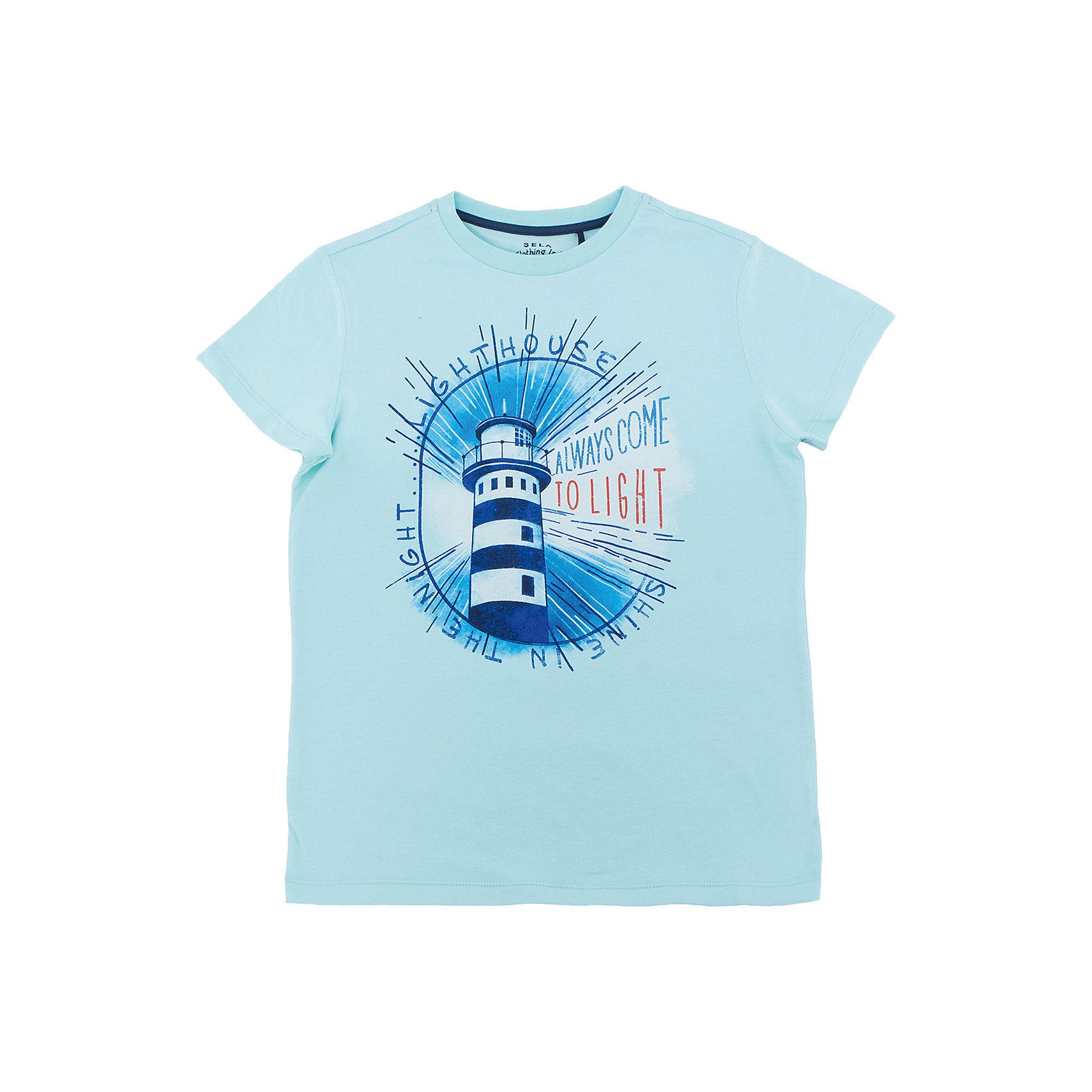 Футболка  для мальчика SELAФутболки, поло и топы<br>Характеристики товара:<br><br>• состав: 100% хлопок<br>• декорирована принтом<br>• сезон: лето<br>• рукава короткие<br>• округлый горловой вырез<br>• страна бренда: Россия<br><br>Вещи из новой коллекции SELA продолжают радовать удобством! Эта футболка для мальчика поможет разнообразить гардероб ребенка и обеспечить комфорт. Она отлично сочетается с шортами и брюками. Стильная и удобная вещь!<br>Одежда, обувь и аксессуары от российского бренда SELA не зря пользуются большой популярностью у детей и взрослых! Модели этой марки - стильные и удобные, цена при этом неизменно остается доступной. Для их производства используются только безопасные, качественные материалы и фурнитура. Новая коллекция поддерживает хорошие традиции бренда! <br><br>Футболку для мальчика от популярного бренда SELA (СЕЛА) можно купить в нашем интернет-магазине.<br><br>Ширина мм: 230<br>Глубина мм: 40<br>Высота мм: 220<br>Вес г: 250<br>Цвет: голубой<br>Возраст от месяцев: 120<br>Возраст до месяцев: 132<br>Пол: Мужской<br>Возраст: Детский<br>Размер: 146,140,134,128,122,152<br>SKU: 5304102