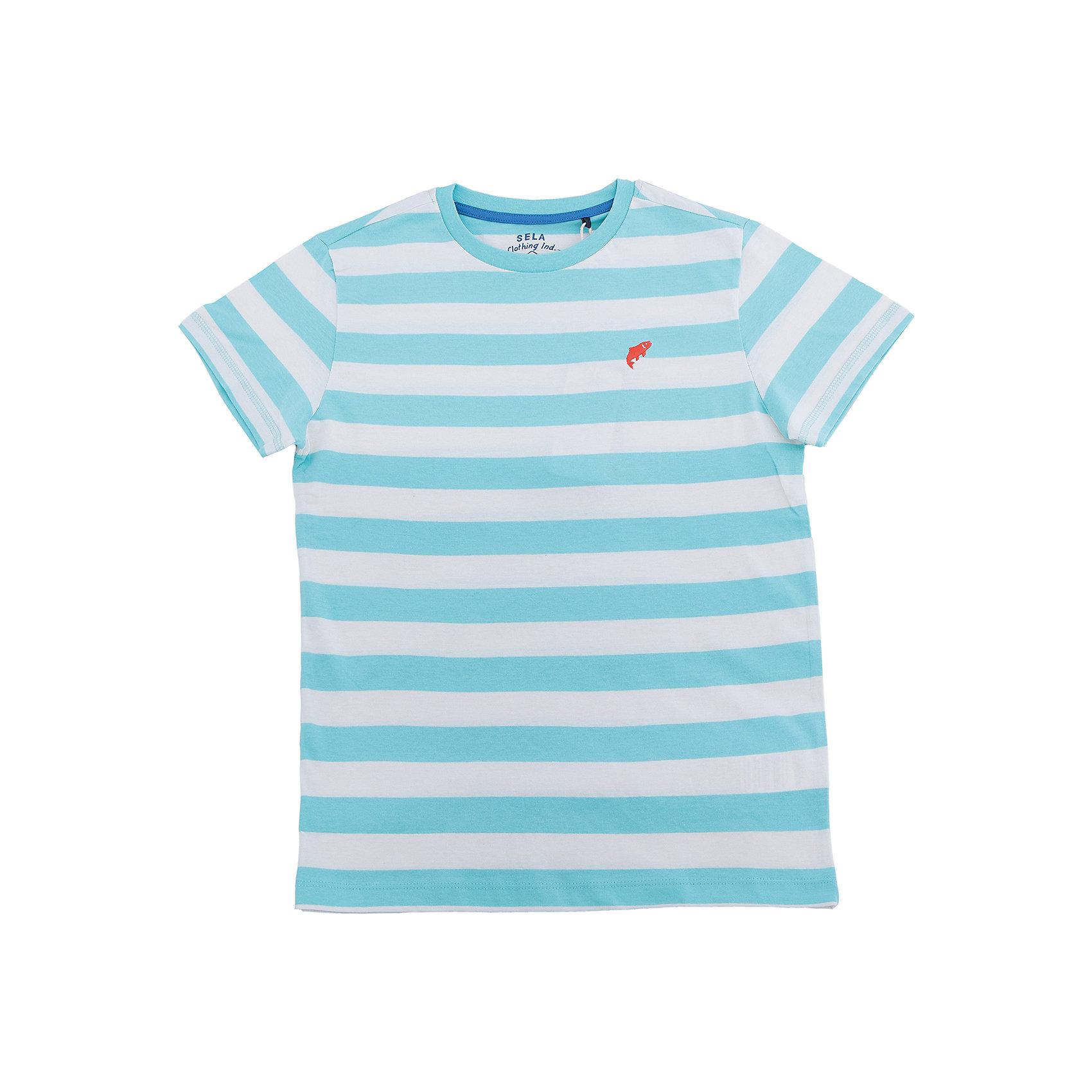 Футболка для мальчика SELAФутболки, поло и топы<br>Характеристики товара:<br><br>• цвет: голубой в полоску<br>• состав: 100% хлопок<br>• сезон: лето<br>• рукава короткие<br>• округлый горловой вырез<br>• страна бренда: Россия<br><br>Вещи из новой коллекции SELA продолжают радовать удобством! Эта футболка для мальчика поможет разнообразить гардероб ребенка и обеспечить комфорт. Она отлично сочетается с шортами и брюками. Стильная и удобная вещь!<br><br>Футболку для мальчика от популярного бренда SELA (СЕЛА) можно купить в нашем интернет-магазине.<br><br>Ширина мм: 230<br>Глубина мм: 40<br>Высота мм: 220<br>Вес г: 250<br>Цвет: голубой<br>Возраст от месяцев: 108<br>Возраст до месяцев: 120<br>Пол: Мужской<br>Возраст: Детский<br>Размер: 140,146,134,152,122,128<br>SKU: 5304109