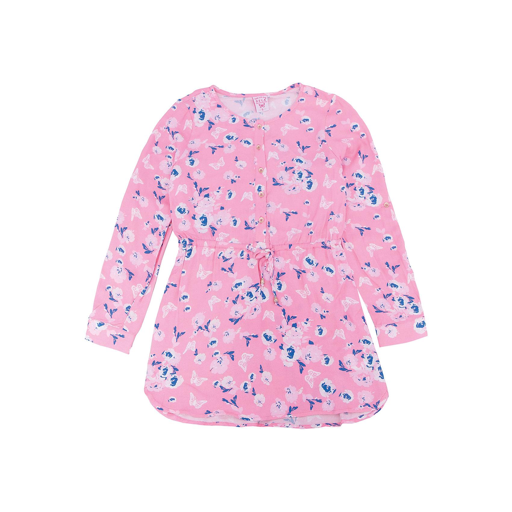 Платье для девочки SELAХарактеристики товара:<br><br>• цвет: розовый<br>• состав: 100% вискоза<br>• декорировано цветочным принтом<br>• приталенное<br>• длинные рукава<br>• застёгивается на пуговицы<br>• коллекция весна-лето 2017<br>• страна бренда: Российская Федерация<br>• страна изготовитель: Китай<br><br>В новой коллекции SELA отличные модели одежды! Это платье для девочки поможет разнообразить гардероб ребенка и обеспечить комфорт. Оно отлично сочетается с различной обувью. Стильная и удобная вещь!<br><br>Одежда, обувь и аксессуары от российского бренда SELA не зря пользуются большой популярностью у детей и взрослых! Модели этой марки - стильные и удобные, цена при этом неизменно остается доступной. Для их производства используются только безопасные, качественные материалы и фурнитура. Новая коллекция поддерживает хорошие традиции бренда! <br><br>Платье для девочки от популярного бренда SELA (СЕЛА) можно купить в нашем интернет-магазине.<br><br>Ширина мм: 236<br>Глубина мм: 16<br>Высота мм: 184<br>Вес г: 177<br>Цвет: розовый<br>Возраст от месяцев: 84<br>Возраст до месяцев: 96<br>Пол: Женский<br>Возраст: Детский<br>Размер: 128,134,140,146,152,116,122<br>SKU: 5305241