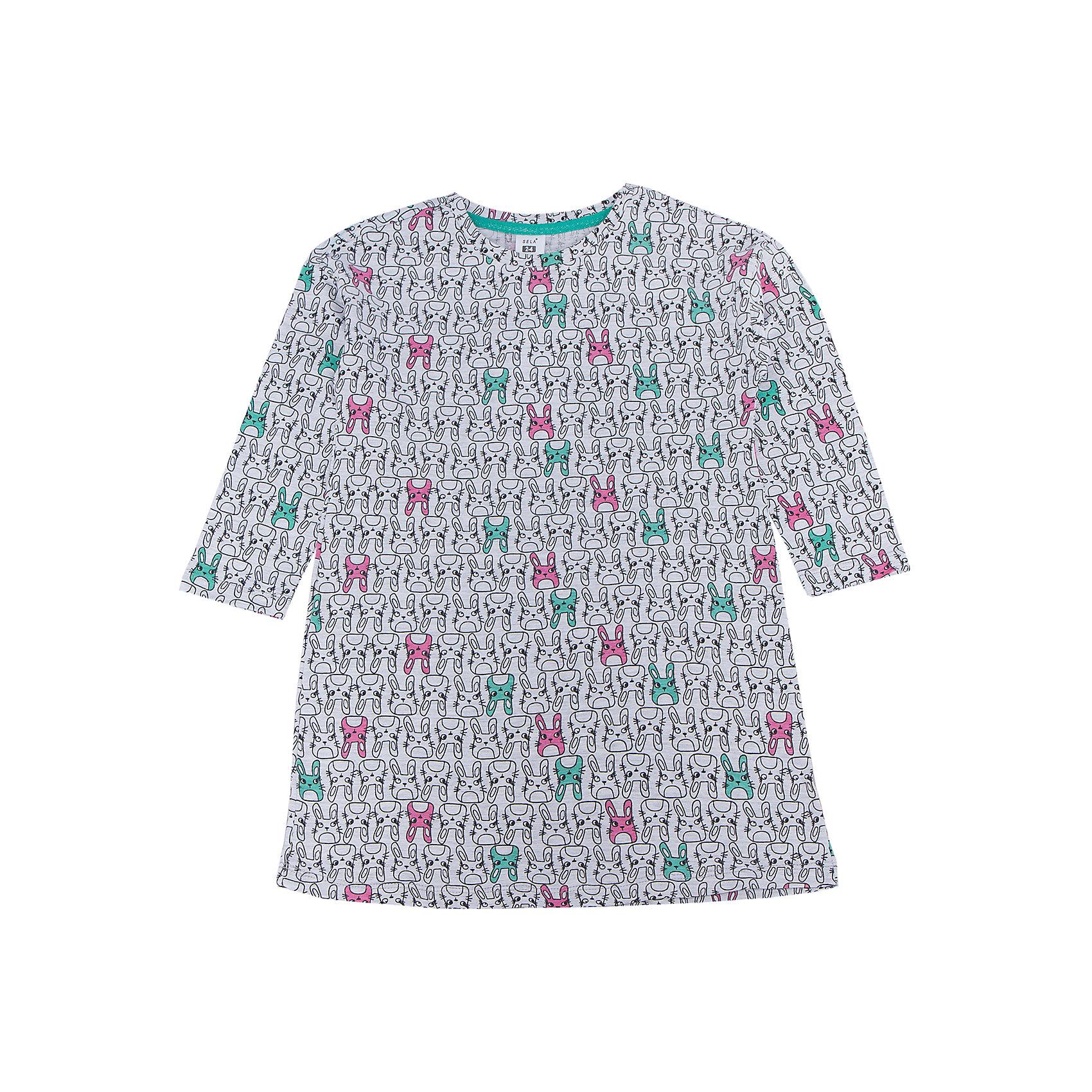 Сорочка для девочки SELAПижамы и сорочки<br>Характеристики товара:<br><br>• цвет: серый<br>• состав: 97% хлопок, 3% ПЭ<br>• удлиненный силуэт<br>• средняя длина рукавов<br>• принт<br>• коллекция весна-лето 2017<br>• страна бренда: Российская Федерация<br><br>Вещи из новой коллекции SELA продолжают радовать удобством! Стильная сорочка для девочки поможет разнообразить гардероб ребенка и обеспечить комфорт. Она отлично сочетается с юбками и брюками. В составе материала - натуральный хлопок.<br><br>Одежда, обувь и аксессуары от российского бренда SELA не зря пользуются большой популярностью у детей и взрослых! Модели этой марки - стильные и удобные, цена при этом неизменно остается доступной. Для их производства используются только безопасные, качественные материалы и фурнитура. Новая коллекция поддерживает хорошие традиции бренда! <br><br>Сорочку для девочки от популярного бренда SELA (СЕЛА) можно купить в нашем интернет-магазине.<br><br>Ширина мм: 281<br>Глубина мм: 70<br>Высота мм: 188<br>Вес г: 295<br>Цвет: серый<br>Возраст от месяцев: 96<br>Возраст до месяцев: 108<br>Пол: Женский<br>Возраст: Детский<br>Размер: 128/134,140/146,92/98,104/110,116/122<br>SKU: 5305741