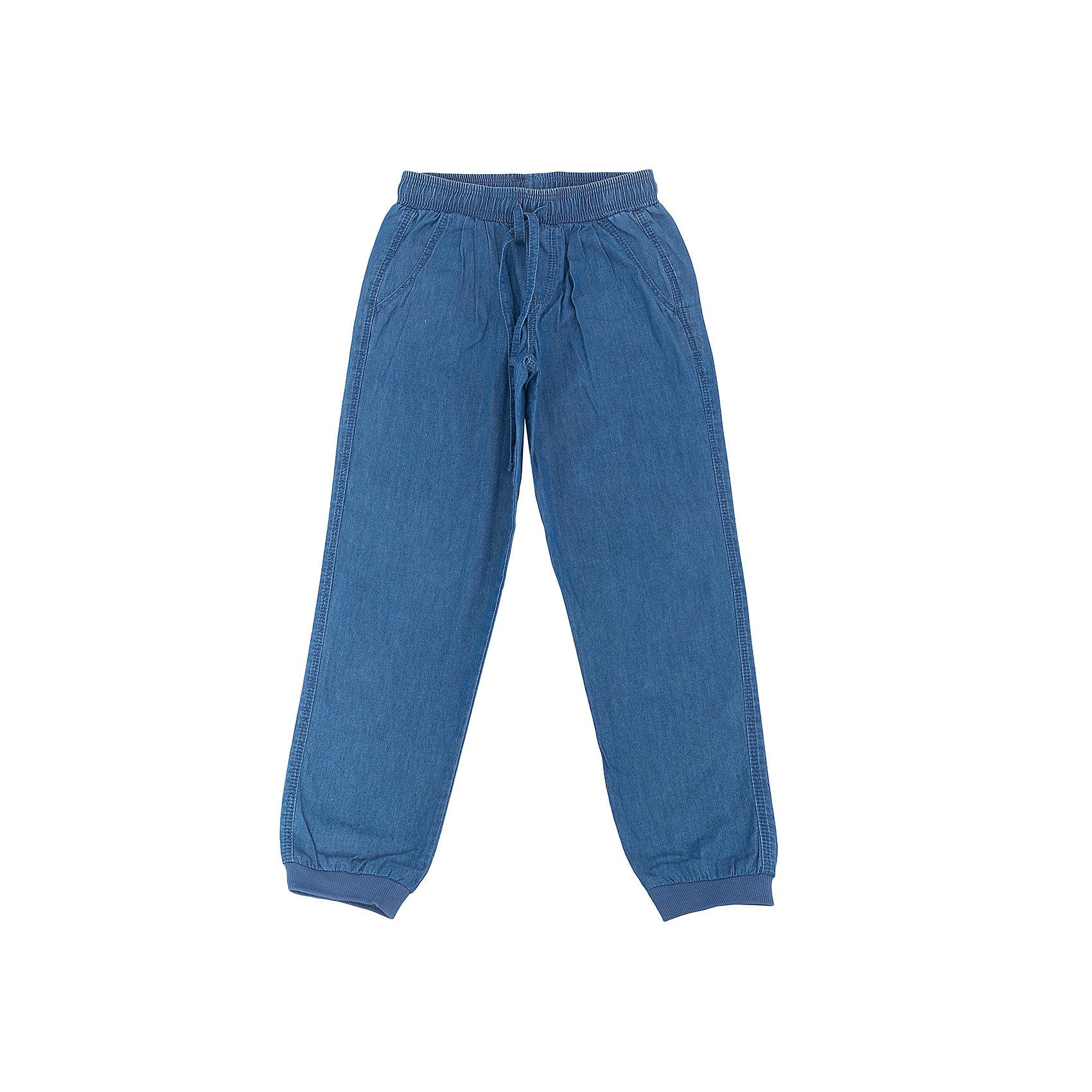 Джинсы для девочки SELAДжинсовая одежда<br>Джинсы для девочки SELA (Села)<br><br>Характеристики:<br><br>• длина: полная<br>• силуэт: зауженный к низу, свободный<br>• состав: 100% хлопок<br>• цвет: синий<br>• коллекция: весна 2017<br><br>Стильные джинсы от популярного бренда Sela отлично подойдут даже для самых активных девочек. Свободный, зауженный к низу силуэт не сковывает движений, а резинки на манжетах не пропустят холодный воздух под одежду. Модель имеет завязки, резинку на поясе и две пары карманов (спереди и сзади). В этих джинсах маленькой моднице будет очень комфортно!<br><br>Джинсы для девочки SELA (Села) вы можете купить в нашем интернет-магазине.<br><br>Ширина мм: 215<br>Глубина мм: 88<br>Высота мм: 191<br>Вес г: 336<br>Цвет: синий джинс<br>Возраст от месяцев: 60<br>Возраст до месяцев: 72<br>Пол: Женский<br>Возраст: Детский<br>Размер: 116,98,104,110<br>SKU: 5305955