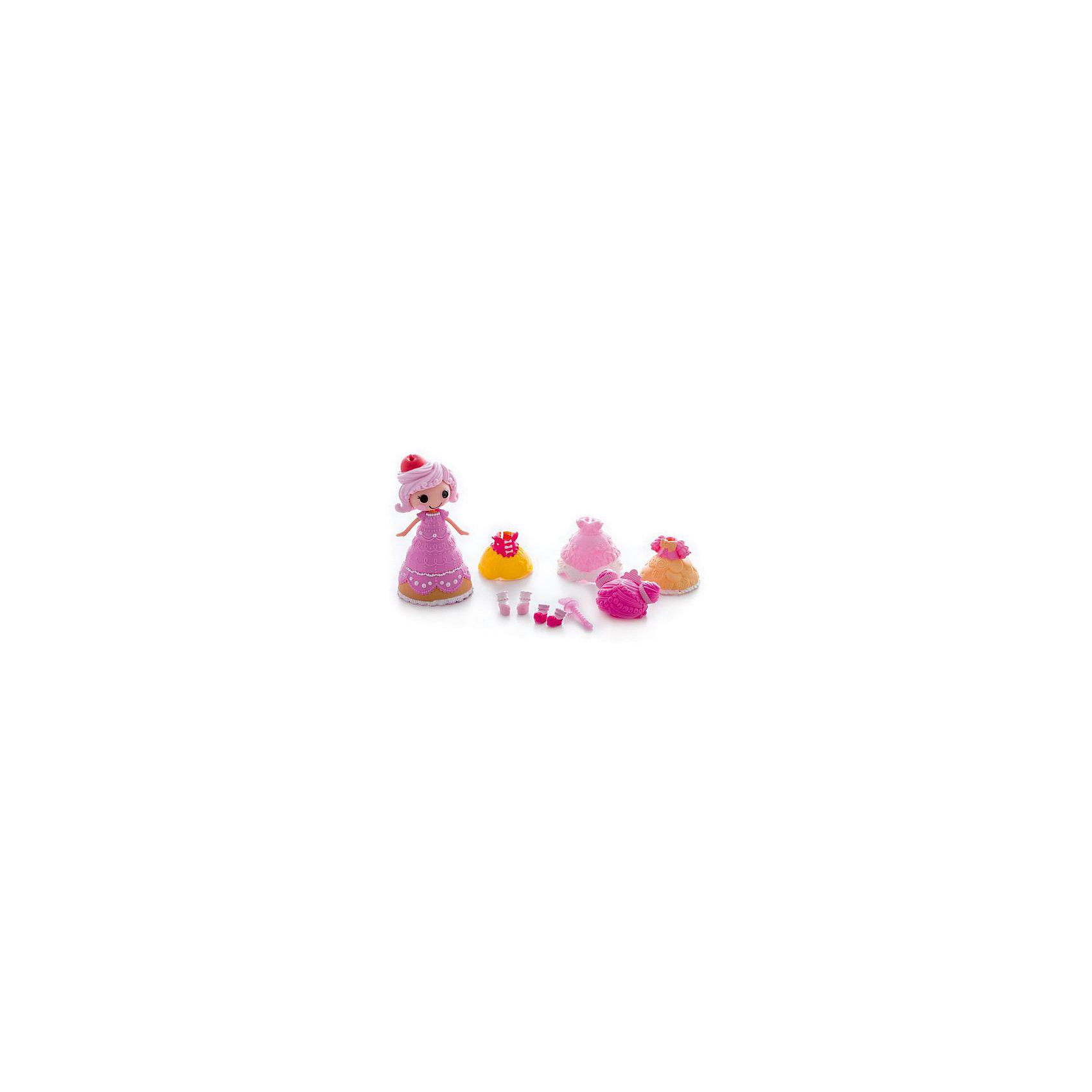 Кукла Крохи, с дополнительными аксессуарами, Мини-ЛалалупсиLalaloopsy<br>Характеристики:<br><br>• Предназначение: для сюжетно-ролевых игр<br>• Пол: для девочек<br>• Коллекция: Мини-Лалалупси<br>• Рост куклы: 7 см<br>• Цвет: розовый, желтый, белый<br>• Материал: пластик, пластизоль<br>• Комплектация: кукла, три сменных наряда и аксессуары<br>• Бальное платье меняет цвет<br>• Вес: 163 г<br>• Размеры упаковки (Д*В*Ш): 20*6*21 см<br>• Упаковка: блистер на картоне с европодвесом <br>• Особенности ухода: разрешается мыть в теплой мыльной воде<br><br>Кукла Крохи, с дополнительными аксессуарами, Мини-Лалалупси – это очаровательная малышка, производителем которой является MGA Entertainment. Куколка и все аксессуары выполнены из пластика и пластизоля, которые отвечают международным стандартам качества и безопасности.  Элементы игрового набора окрашены нетоксичными красками. Использованный пластик устойчив к ударам и появлениям царапин, при длительной эксплуатации цвет элементов не изменяется. Набор состоит из мини-куколки Лалалупси в образе Сладкоежки, трех сменных платьев, трех париков, башмачков и волшебной палочки. <br><br>Бальное платье Сладкоежки может изменять цвет, для этого его достаточно опустить в холодную воду. Все элементы наборы выполнены с высокой степенью детализации. Сюжетно-ролевые игры с куклой Крохи, с дополнительными аксессуарами, Мини-Лалалупси будут способствовать развитию воображения, фантазии и формированию стиля и вкуса у вашей девочки. Кроме того, такой набор удобно брать с собой в поездки и путешествия, так как он имеет компактный размер и занимает мало места.<br><br>Куклу Крохи, с дополнительными аксессуарами, Мини-Лалалупси можно купить в нашем интернет-магазине.<br><br>Ширина мм: 200<br>Глубина мм: 210<br>Высота мм: 60<br>Вес г: 163<br>Возраст от месяцев: 36<br>Возраст до месяцев: 2147483647<br>Пол: Женский<br>Возраст: Детский<br>SKU: 5308984