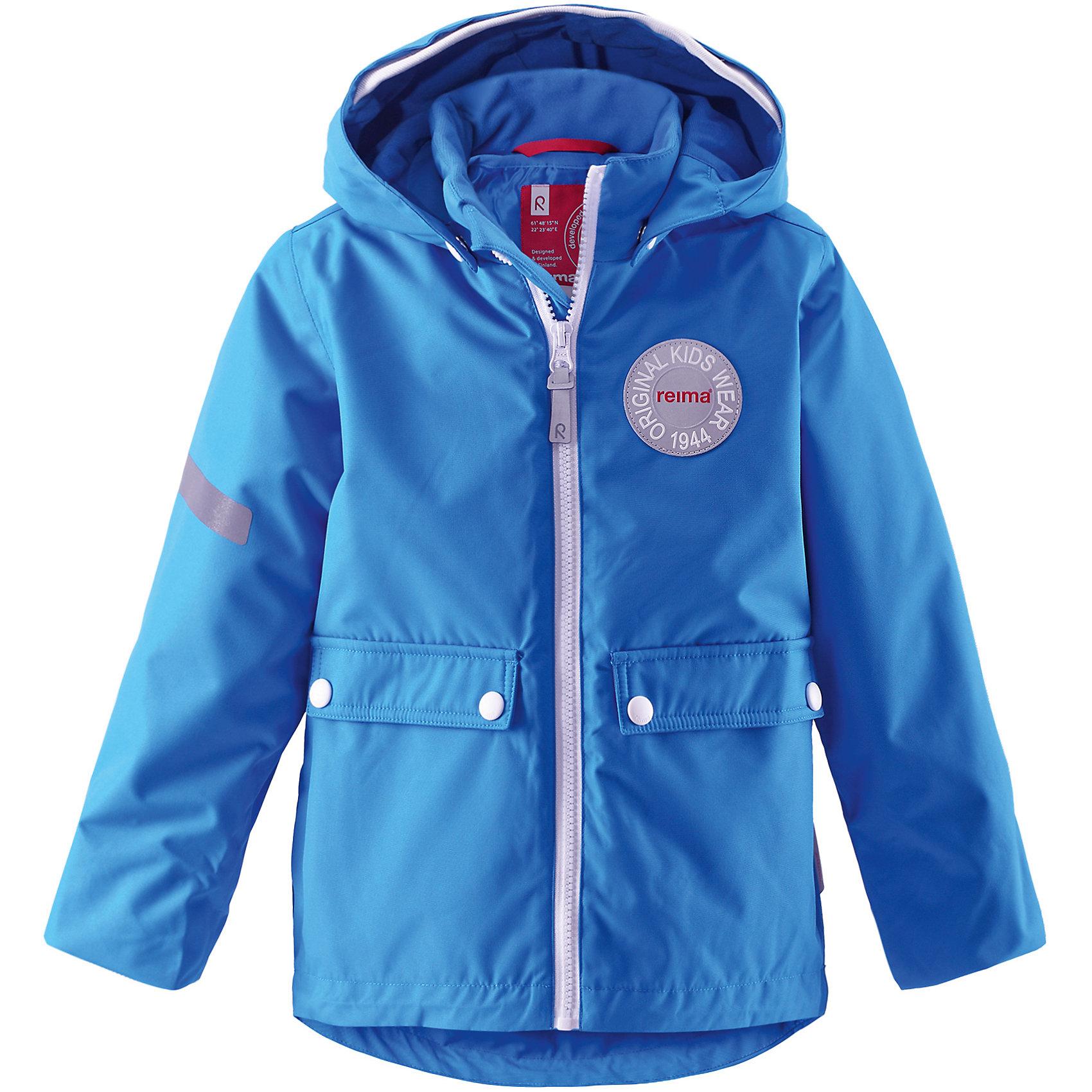 Куртка Taag ReimaВерхняя одежда<br>Зимняя куртка для детей. Основные швы проклеены и не пропускают влагу. Водо- и ветронепроницаемый, «дышащий» и грязеотталкивающий материал. Съемная стеганная подкладка. Безопасный, съемный капюшон.Мягкая резинка на кромке капюшона и манжетах .Регулируемый подол Два кармана с клапанами .<br>Состав:<br>100% ПЭ, ПУ-покрытие<br><br>Ширина мм: 356<br>Глубина мм: 10<br>Высота мм: 245<br>Вес г: 519<br>Цвет: синий<br>Возраст от месяцев: 60<br>Возраст до месяцев: 72<br>Пол: Унисекс<br>Возраст: Детский<br>Размер: 116,140,98,104,110,128<br>SKU: 5309220