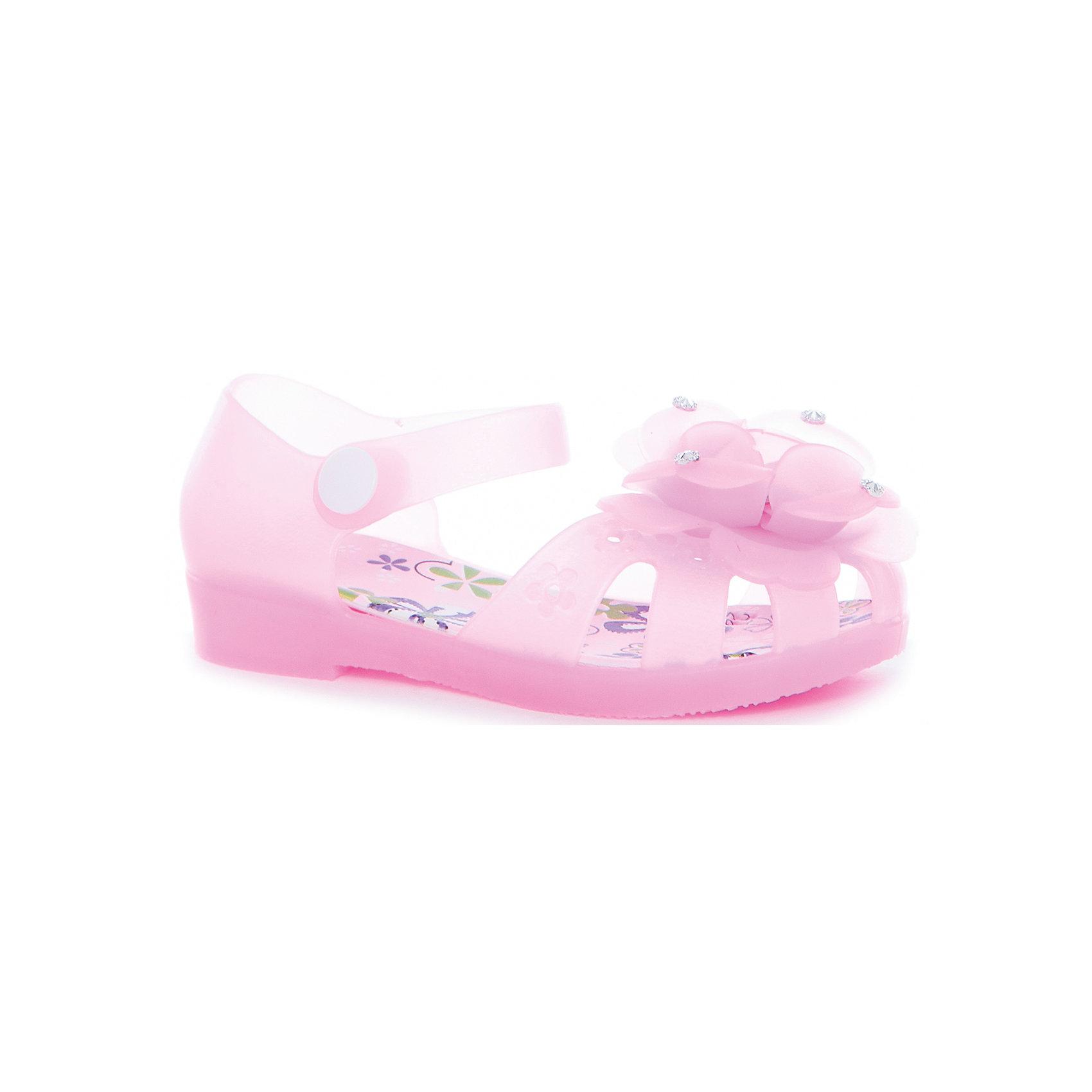 Туфли пляжные для девочки MURSUОбувь<br>Характеристики товара:<br><br>• цвет: розовый<br>• внешний материал: ПВХ<br>• внутренний материал: ПВХ<br>• стелька: ПВХ<br>• подошва: ПВХ<br>• облегчённая модель<br>• подходит для пляжа <br>• удобная фиксация пятки<br>• отверстия для вентиляции<br>• устойчивая подошва<br>• страна бренда: Финляндия<br>• страна изгтовитель: Китай<br><br>Детям для правильного развития стопы и всего организма необходима качественная обувь. Эта удобная пляжная обувь поможет создать ногам ребенка комфортные условия, благодаря продуманной конструкции она отлично сидит на ноге. Это отличный вариант правильной и красивой детской обуви!<br><br>Туфли от финского бренда MURSU (МУРСУ) можно купить в нашем интернет-магазине.<br><br>Ширина мм: 248<br>Глубина мм: 135<br>Высота мм: 147<br>Вес г: 256<br>Цвет: розовый<br>Возраст от месяцев: 60<br>Возраст до месяцев: 72<br>Пол: Женский<br>Возраст: Детский<br>Размер: 29,24,25,26,27,28<br>SKU: 5326072