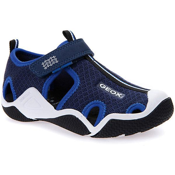 Сандалии для мальчика GEOXСандалии<br>Характеристики товара:<br><br>• цвет: синий<br>• внешний материал: текстиль<br>• внутренний материал: текстиль<br>• стелька: текстиль<br>• подошва: резина<br>• застежка: липучка<br>• закрытый носок<br>• спортивный стиль<br>• устойчивая подошва<br>• мембранная технология<br>• декорированы логотипом<br>• коллекция: весна-лето 2017<br>• страна бренда: Италия<br><br>Легкие удобные сандали помогут обеспечить ребенку комфорт и дополнить наряд. Универсальный цвет позволяет надевать их под одежду разных расцветок. Сандали удобно сидят на ноге и стильно смотрятся. Отличный вариант для жаркой погоды!<br><br>Обувь от бренда GEOX - это классический пример итальянского стиля и высокого качества, известных по всему миру. Модели этой марки - неизменно модные и комфортные. Для их производства используются только безопасные, качественные материалы и фурнитура. Отличие этой линейки обуви - мембранная технология, которая обеспечивает естественное дыхание обуви и в то же время не пропускает воду. Это особенно важно для детской обуви!<br><br>Сандали от итальянского бренда GEOX (ГЕОКС) можно купить в нашем интернет-магазине.<br><br>Ширина мм: 262<br>Глубина мм: 176<br>Высота мм: 97<br>Вес г: 427<br>Цвет: синий<br>Возраст от месяцев: 120<br>Возраст до месяцев: 132<br>Пол: Мужской<br>Возраст: Детский<br>Размер: 34,26,33,32,31,30,29,28,27<br>SKU: 5335256