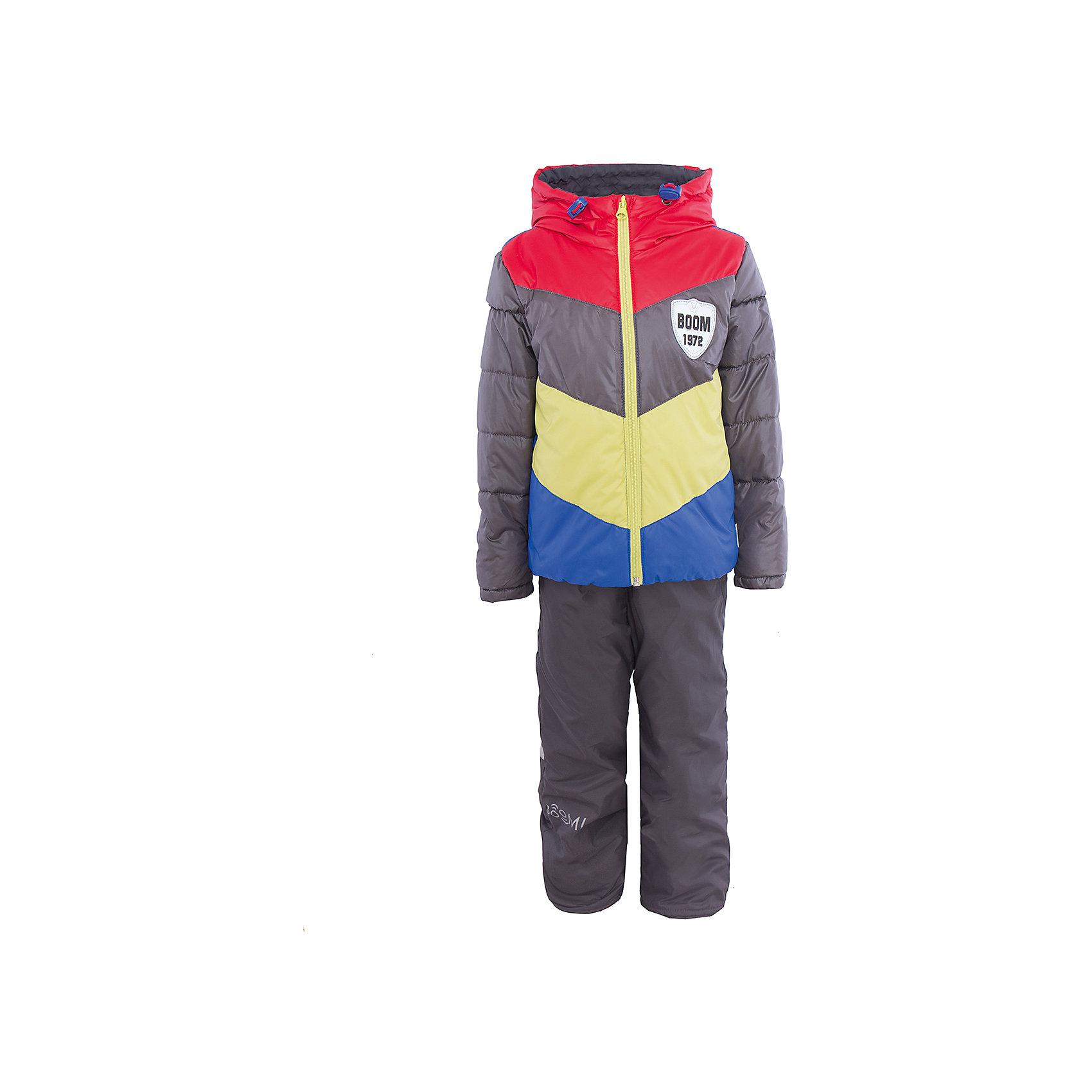 Комплект для мальчика BOOM by OrbyВерхняя одежда<br>Характеристики товара:<br><br>• цвет: серый/красный/желтый/синий<br>• состав: <br>курточка: верх - болонь, подкладка - поликоттон, полиэстер, утеплитель: эко-синтепон 150 г/м2<br>брюки: верх - таффета, подкладка - флис<br>• комплектация: куртка, брюки<br>• температурный режим: от -5 С° до +10 С° <br>• из непромокаемой ткани, с водо и грязеотталкивающими пропитками<br>• капюшон с утяжкой, не отстёгивается<br>• застежка - молния<br>• куртка декорирована нашивкой<br>• отвороты помогают заметно трансформировать размер<br>• комфортная посадка<br>• страна производства: Российская Федерация<br>• страна бренда: Российская Федерация<br>• коллекция: весна-лето 2017<br><br>Такой комплект - универсальный вариант для межсезонья с постоянно меняющейся погодой. Эта модель - модная и удобная одновременно! Изделие отличается стильным ярким дизайном. Куртка и брюки хорошо сидят по фигуре, отлично сочетается с различной обувью. Модель была разработана специально для детей.<br><br>Одежда от российского бренда BOOM by Orby уже завоевала популярностью у многих детей и их родителей. Вещи, выпускаемые компанией, качественные, продуманные и очень удобные. Для производства коллекций используются только безопасные для детей материалы. Спешите приобрести модели из новой коллекции Весна-лето 2017! <br><br>Комплект для мальчика от бренда BOOM by Orby можно купить в нашем интернет-магазине.<br><br>Ширина мм: 356<br>Глубина мм: 10<br>Высота мм: 245<br>Вес г: 519<br>Цвет: красный<br>Возраст от месяцев: 36<br>Возраст до месяцев: 48<br>Пол: Мужской<br>Возраст: Детский<br>Размер: 104,122,86,92,98,110,116<br>SKU: 5343997