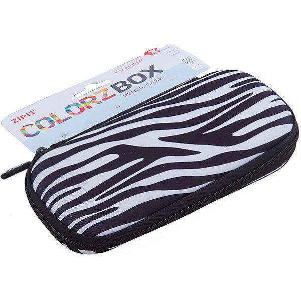 Пенал COLORZ BOX, цвет черно-белыйПеналы без наполнения<br>Прочный пенал в мягкой обшивке хорошо сохранит ваши пишущие принадлежности. Используются высококачественные материалы, в том числе и крепкие молнии, чтобы был практичный пенал, который сделан на совесть. Многофункциональный - может вместиться до 20 ручек и карандашей. Он также может хранить ваши ножницы, точилки, карандаши, мобильный телефон, личные вещи и многое другое.<br>Забавные узоры - смелые геометрические, стильные модели, расцветка зебры или глазки - выберите Ваш любимый!<br><br>Ширина мм: 19<br>Глубина мм: 9<br>Высота мм: 4<br>Вес г: 200<br>Возраст от месяцев: 60<br>Возраст до месяцев: 420<br>Пол: Унисекс<br>Возраст: Детский<br>SKU: 5344345