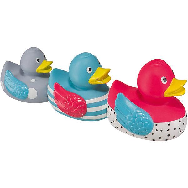 Набор ПВХ-игрушек для ванной FUNNY DUCKS, Happy BabyИгрушки для ванной<br>Характеристики товара:<br><br>• возраст: с рождения;<br>• материал: ПВХ;<br>• в комплекте: 3 уточки;<br>• размер упаковки: 26х18х7,5 см;<br>• вес упаковки: 100 гр.;<br>• страна производитель: Китай.<br><br>Набор игрушек для ванной «Funny Ducks» Happy Baby включает в себя 3 разноцветных уточек разного размера. Уточки присоединяются друг к другу при помощи магнитов.<br><br>В процессе игры ребенок учится различать цвета, размеры, обучается цифрам и основам счета. Игрушки способствуют развитию мелкой моторики рук, интеллекта, логического мышления. <br><br>Набор игрушек для ванной «Funny Ducks» Happy Baby можно приобрести в нашем интернет-магазине.<br><br>Ширина мм: 7<br>Глубина мм: 26<br>Высота мм: 18<br>Вес г: 149<br>Возраст от месяцев: -2147483648<br>Возраст до месяцев: 2147483647<br>Пол: Унисекс<br>Возраст: Детский<br>SKU: 5345705