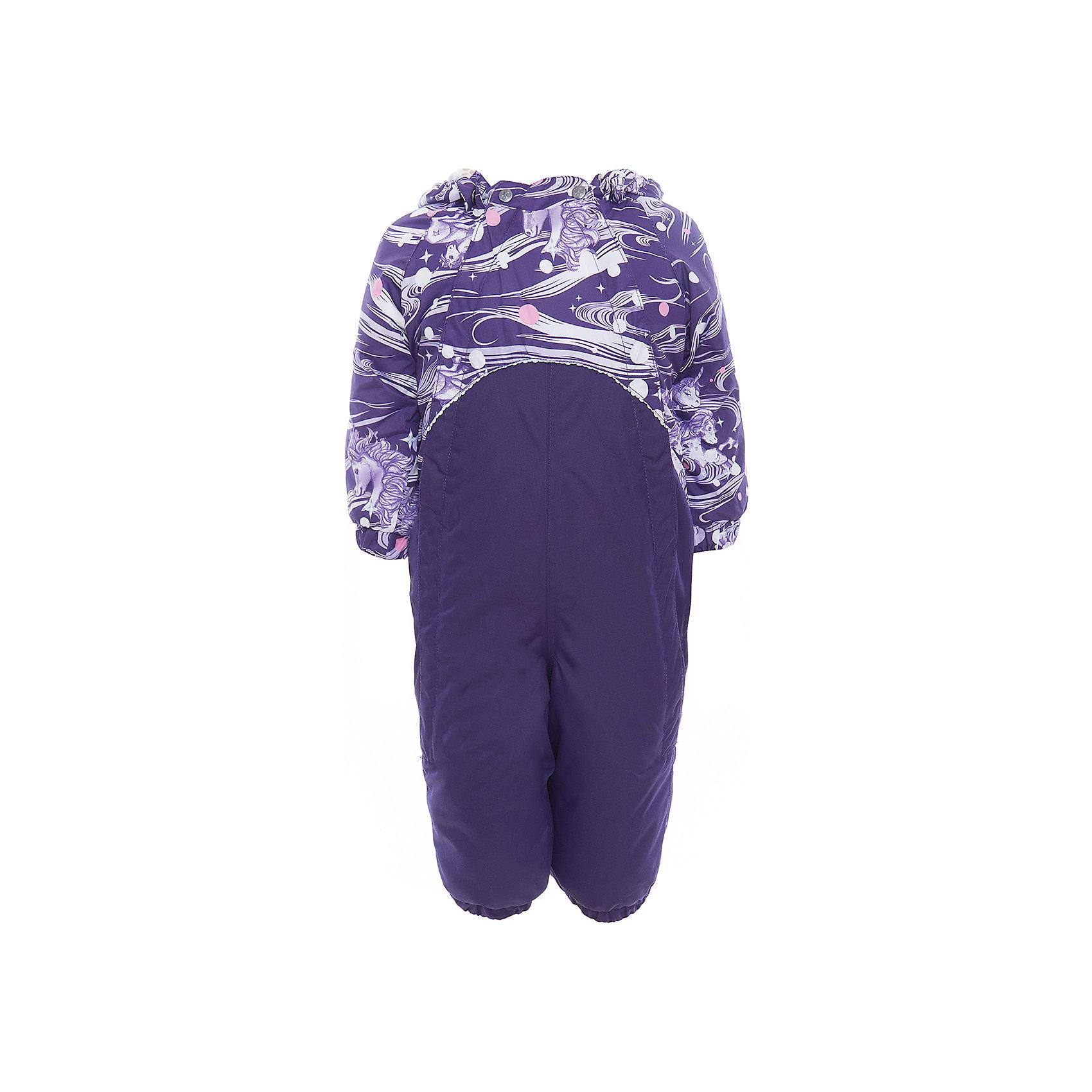 Комбинезон GOLDEN для девочки HuppaВерхняя одежда<br>Характеристики товара:<br><br>• цвет: тёмно-фиолетовый принт<br>• ткань: 100% полиэстер<br>• подкладка: фланель - 100% хлопок<br>• утеплитель: 100% полиэстер 100 г<br>• температурный режим: от -5°С до +10°С<br>• водонепроницаемость: верх - 5000 мм, низ - 10000 мм<br>• воздухопроницаемость: верх - 5000 мм, низ - 10000 мм<br>• светоотражающие детали<br>• мягкая подкладка<br>• шов сидения и боковые швы проклеены<br>• съёмный капюшон с резинкой<br>• манжеты рукавов с резинкой<br>• манжеты с отворотом у размеров 62-80<br>• манжеты брюк с резинкой<br>• съёмные эластичные штрипки<br>• без внутренних швов<br>• коллекция: весна-лето 2017<br>• страна бренда: Эстония<br><br>Этот удобный комбинезон обеспечит детям тепло и комфорт. Он сделан из материала, отталкивающего воду, и дополнен подкладкой с утеплителем, поэтому изделие идеально подходит для межсезонья. Материал изделия - с мембранной технологией: защищая от влаги и ветра, он легко выводит лишнюю влагу наружу. Комбинезон очень симпатично смотрится. <br><br>Одежда и обувь от популярного эстонского бренда Huppa - отличный вариант одеть ребенка можно и комфортно. Вещи, выпускаемые компанией, качественные, продуманные и очень удобные. Для производства изделий используются только безопасные для детей материалы. Продукция от Huppa порадует и детей, и их родителей!<br><br>Комбинезон GOLDEN от бренда Huppa (Хуппа) можно купить в нашем интернет-магазине.<br><br>Ширина мм: 356<br>Глубина мм: 10<br>Высота мм: 245<br>Вес г: 519<br>Цвет: розовый<br>Возраст от месяцев: 24<br>Возраст до месяцев: 36<br>Пол: Женский<br>Возраст: Детский<br>Размер: 98,74,80,86,92<br>SKU: 5346494