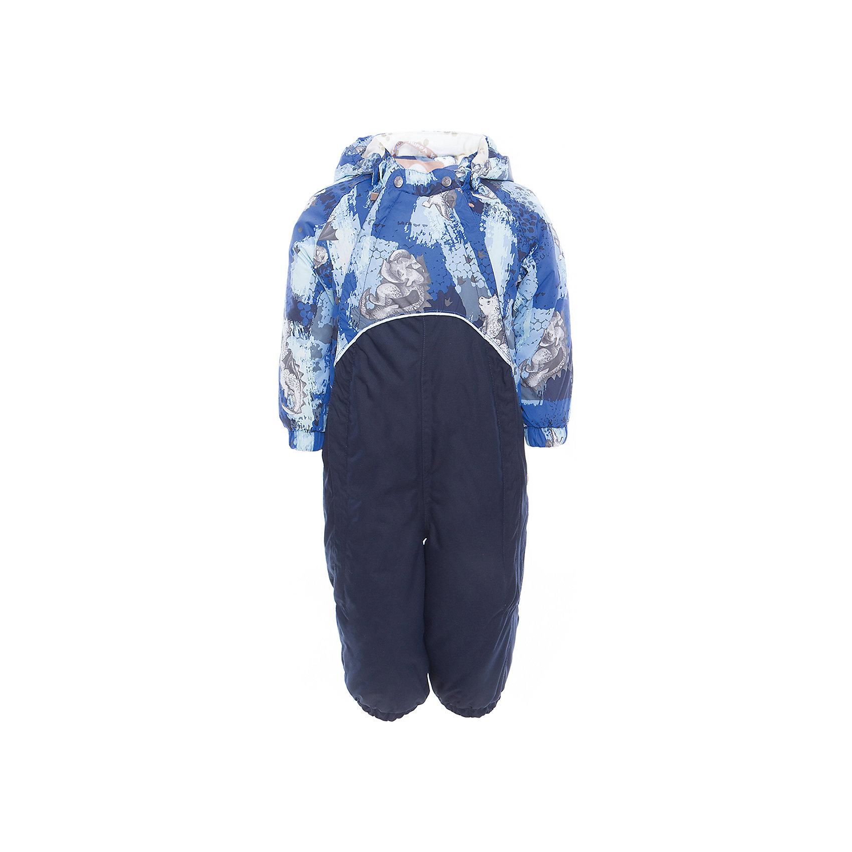 Комбинезон GOLDEN для мальчика HuppaВерхняя одежда<br>Характеристики товара:<br><br>• цвет: синий принт<br>• ткань: 100% полиэстер<br>• подкладка: фланель - 100% хлопок<br>• утеплитель: 100% полиэстер 100 г<br>• температурный режим: от -5°С до +10°С<br>• водонепроницаемость: верх - 5000 мм, низ - 10000 мм<br>• воздухопроницаемость: верх - 5000 мм, низ - 10000 мм<br>• светоотражающие детали<br>• мягкая подкладка<br>• шов сидения и боковые швы проклеены<br>• съёмный капюшон с резинкой<br>• манжеты рукавов с резинкой<br>• манжеты с отворотом у размеров 62-80<br>• манжеты брюк с резинкой<br>• съёмные эластичные штрипки<br>• без внутренних швов<br>• коллекция: весна-лето 2017<br>• страна бренда: Эстония<br><br>Этот удобный комбинезон обеспечит детям тепло и комфорт. Он сделан из материала, отталкивающего воду, и дополнен подкладкой с утеплителем, поэтому изделие идеально подходит для межсезонья. Материал изделия - с мембранной технологией: защищая от влаги и ветра, он легко выводит лишнюю влагу наружу. Комбинезон очень симпатично смотрится. <br><br>Одежда и обувь от популярного эстонского бренда Huppa - отличный вариант одеть ребенка можно и комфортно. Вещи, выпускаемые компанией, качественные, продуманные и очень удобные. Для производства изделий используются только безопасные для детей материалы. Продукция от Huppa порадует и детей, и их родителей!<br><br>Комбинезон GOLDEN от бренда Huppa (Хуппа) можно купить в нашем интернет-магазине.<br><br>Ширина мм: 356<br>Глубина мм: 10<br>Высота мм: 245<br>Вес г: 519<br>Цвет: синий<br>Возраст от месяцев: 24<br>Возраст до месяцев: 36<br>Пол: Мужской<br>Возраст: Детский<br>Размер: 98,74,80,86,92<br>SKU: 5346518