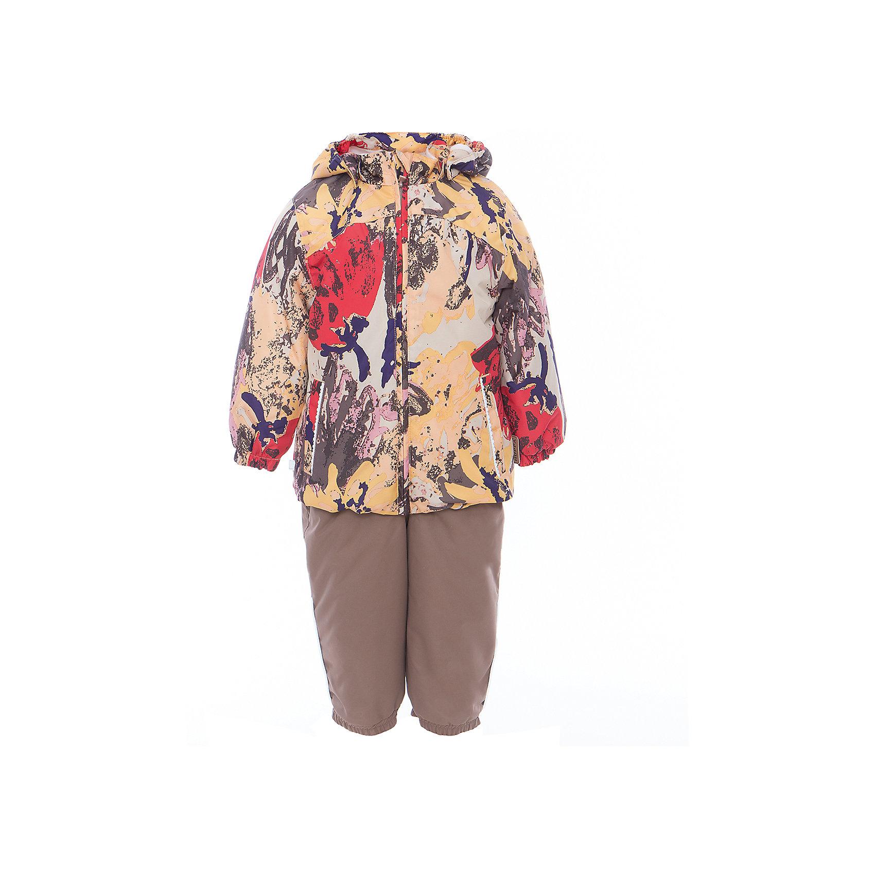 Комплект: куртка и полукомбинезон для девочки CLARA HuppaВерхняя одежда<br>Характеристики товара:<br><br>• цвет: золотой принт/бежевый<br>• комплектация: куртка и полукомбинезон <br>• ткань: 100% полиэстер<br>• подкладка: Coral-fleece смесь хлопка и полиэстера, в рукавах - тафта 100% полиэстер<br>• утеплитель: 100% полиэстер; куртка 100 г, полукомбинезон 40 г<br>• температурный режим: от -5°С до +10°С<br>• водонепроницаемость: верх - 5000 мм, низ - 10000 мм<br>• воздухопроницаемость: верх - 5000 мм, низ - 10000 мм<br>• светоотражающие детали<br>• шов сидения проклеен<br>• съёмный капюшон с резинкой<br>• эластичные манжеты на рукавах<br>• манжеты брюк с резинкой<br>• съёмные эластичные штрипки<br>• без внутренних швов<br>• резиновые подтяжки<br>• коллекция: весна-лето 2017<br>• страна бренда: Эстония<br><br>Такой модный демисезонный комплект  обеспечит детям тепло и комфорт. Он сделан из материала, отталкивающего воду, и дополнен подкладкой с утеплителем, поэтому изделие идеально подходит для межсезонья. Материал изделий - с мембранной технологией: защищая от влаги и ветра, он легко выводит лишнюю влагу наружу. Комплект очень симпатично смотрится. <br><br>Одежда и обувь от популярного эстонского бренда Huppa - отличный вариант одеть ребенка можно и комфортно. Вещи, выпускаемые компанией, качественные, продуманные и очень удобные. Для производства изделий используются только безопасные для детей материалы. Продукция от Huppa порадует и детей, и их родителей!<br><br>Комплект: куртка и полукомбинезон CLARA от бренда Huppa (Хуппа) можно купить в нашем интернет-магазине.<br><br>Ширина мм: 356<br>Глубина мм: 10<br>Высота мм: 245<br>Вес г: 519<br>Цвет: желтый<br>Возраст от месяцев: 48<br>Возраст до месяцев: 60<br>Пол: Женский<br>Возраст: Детский<br>Размер: 110,80,86,92,98,104<br>SKU: 5346601