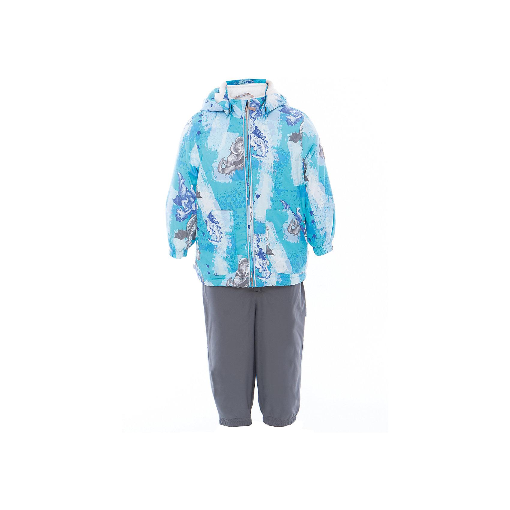 Комплект: куртка и полукомбинезон для мальчика CARLO HuppaВерхняя одежда<br>Характеристики товара:<br><br>• цвет: светло-голубой принт/серый<br>• комплектация: куртка и полукомбинезон <br>• ткань: 100% полиэстер<br>• подкладка: тафта - 100% полиэстер<br>• утеплитель: 100% полиэстер; куртка 100 г, полукомбинезон 40 г<br>• температурный режим: от -5°С до +10°С<br>• водонепроницаемость: верх - 5000 мм, низ - 10000 мм<br>• воздухопроницаемость: верх - 5000 мм, низ - 10000 мм<br>• светоотражающие детали<br>• шов сидения проклеен<br>• съёмный капюшон с резинкой<br>• эластичные манжеты на рукавах<br>• манжеты брюк с резинкой<br>• съёмные эластичные штрипки<br>• без внутренних швов<br>• резиновые подтяжки<br>• коллекция: весна-лето 2017<br>• страна бренда: Эстония<br><br>Такой модный демисезонный комплект  обеспечит детям тепло и комфорт. Он сделан из материала, отталкивающего воду, и дополнен подкладкой с утеплителем, поэтому изделие идеально подходит для межсезонья. Материал изделий - с мембранной технологией: защищая от влаги и ветра, он легко выводит лишнюю влагу наружу. Комплект очень симпатично смотрится. <br><br>Одежда и обувь от популярного эстонского бренда Huppa - отличный вариант одеть ребенка можно и комфортно. Вещи, выпускаемые компанией, качественные, продуманные и очень удобные. Для производства изделий используются только безопасные для детей материалы. Продукция от Huppa порадует и детей, и их родителей!<br><br>Комплект: куртка и полукомбинезон для мальчика CARLO от бренда Huppa (Хуппа) можно купить в нашем интернет-магазине.<br><br>Ширина мм: 356<br>Глубина мм: 10<br>Высота мм: 245<br>Вес г: 519<br>Цвет: синий<br>Возраст от месяцев: 48<br>Возраст до месяцев: 60<br>Пол: Мужской<br>Возраст: Детский<br>Размер: 110,104,98,92,86,80<br>SKU: 5346690