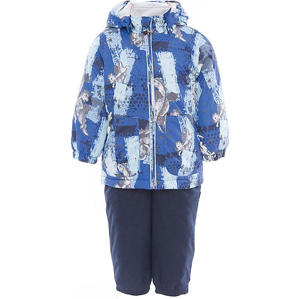 Комплект: куртка и полукомбинезон для мальчика CARLO HuppaВерхняя одежда<br>Характеристики товара:<br><br>• цвет: синий принт/тёмно-синий<br>• комплектация: куртка и полукомбинезон <br>• ткань: 100% полиэстер<br>• подкладка: тафта - 100% полиэстер<br>• утеплитель: 100% полиэстер; куртка 100 г, полукомбинезон 40 г<br>• температурный режим: от -5°С до +10°С<br>• водонепроницаемость: верх - 5000 мм, низ - 10000 мм<br>• воздухопроницаемость: верх - 5000 мм, низ - 10000 мм<br>• светоотражающие детали<br>• шов сидения проклеен<br>• съёмный капюшон с резинкой<br>• эластичные манжеты на рукавах<br>• манжеты брюк с резинкой<br>• съёмные эластичные штрипки<br>• без внутренних швов<br>• резиновые подтяжки<br>• коллекция: весна-лето 2017<br>• страна бренда: Эстония<br><br>Такой модный демисезонный комплект  обеспечит детям тепло и комфорт. Он сделан из материала, отталкивающего воду, и дополнен подкладкой с утеплителем, поэтому изделие идеально подходит для межсезонья. Материал изделий - с мембранной технологией: защищая от влаги и ветра, он легко выводит лишнюю влагу наружу. Комплект очень симпатично смотрится. <br><br>Одежда и обувь от популярного эстонского бренда Huppa - отличный вариант одеть ребенка можно и комфортно. Вещи, выпускаемые компанией, качественные, продуманные и очень удобные. Для производства изделий используются только безопасные для детей материалы. Продукция от Huppa порадует и детей, и их родителей!<br><br>Комплект: куртка и полукомбинезон для мальчика CARLO от бренда Huppa (Хуппа) можно купить в нашем интернет-магазине.<br>Ширина мм: 356; Глубина мм: 10; Высота мм: 245; Вес г: 519; Цвет: синий; Возраст от месяцев: 48; Возраст до месяцев: 60; Пол: Мужской; Возраст: Детский; Размер: 110,80,86,92,98,104; SKU: 5346697;