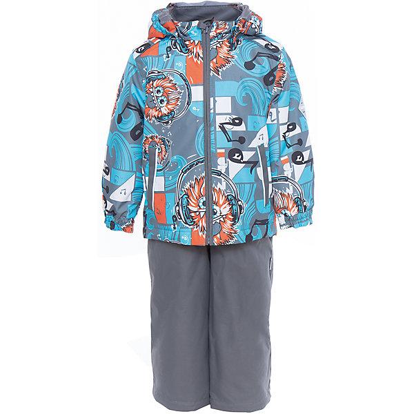 Комплект: куртка и полукомбинезон YOKO для мальчика HuppaВерхняя одежда<br>Характеристики товара:<br><br>• цвет: голубой принт/серый<br>• комплектация: куртка и полукомбинезон <br>• ткань: 100% полиэстер<br>• подкладка: тафта - 100% полиэстер<br>• утеплитель: в куртке и в брюках - 100% полиэстер 100 г<br>• температурный режим: от -5°С до +10°С<br>• водонепроницаемость: 10000 мм<br>• воздухопроницаемость: 10000 мм<br>• светоотражающие детали<br>• шов сидения проклеен<br>• эластичный шнур по низу куртки<br>• эластичный шнур с фиксатором внизу брючин<br>• съёмный капюшон с резинкой<br>• эластичные манжеты рукавов<br>• регулируемые низы брючин<br>• без внутренних швов<br>• резиновые подтяжки<br>• коллекция: весна-лето 2017<br>• страна бренда: Эстония<br><br>Такой модный демисезонный комплект  обеспечит детям тепло и комфорт. Он сделан из материала, отталкивающего воду, и дополнен подкладкой с утеплителем, поэтому изделие идеально подходит для межсезонья. Материал изделий - с мембранной технологией: защищая от влаги и ветра, он легко выводит лишнюю влагу наружу. Комплект очень симпатично смотрится. <br><br>Одежда и обувь от популярного эстонского бренда Huppa - отличный вариант одеть ребенка можно и комфортно. Вещи, выпускаемые компанией, качественные, продуманные и очень удобные. Для производства изделий используются только безопасные для детей материалы. Продукция от Huppa порадует и детей, и их родителей!<br><br>Комплект: куртка и полукомбинезон YOKO от бренда Huppa (Хуппа) можно купить в нашем интернет-магазине.<br>Ширина мм: 356; Глубина мм: 10; Высота мм: 245; Вес г: 519; Цвет: голубой; Возраст от месяцев: 48; Возраст до месяцев: 60; Пол: Мужской; Возраст: Детский; Размер: 110,92,122,116,104,98; SKU: 5346774;