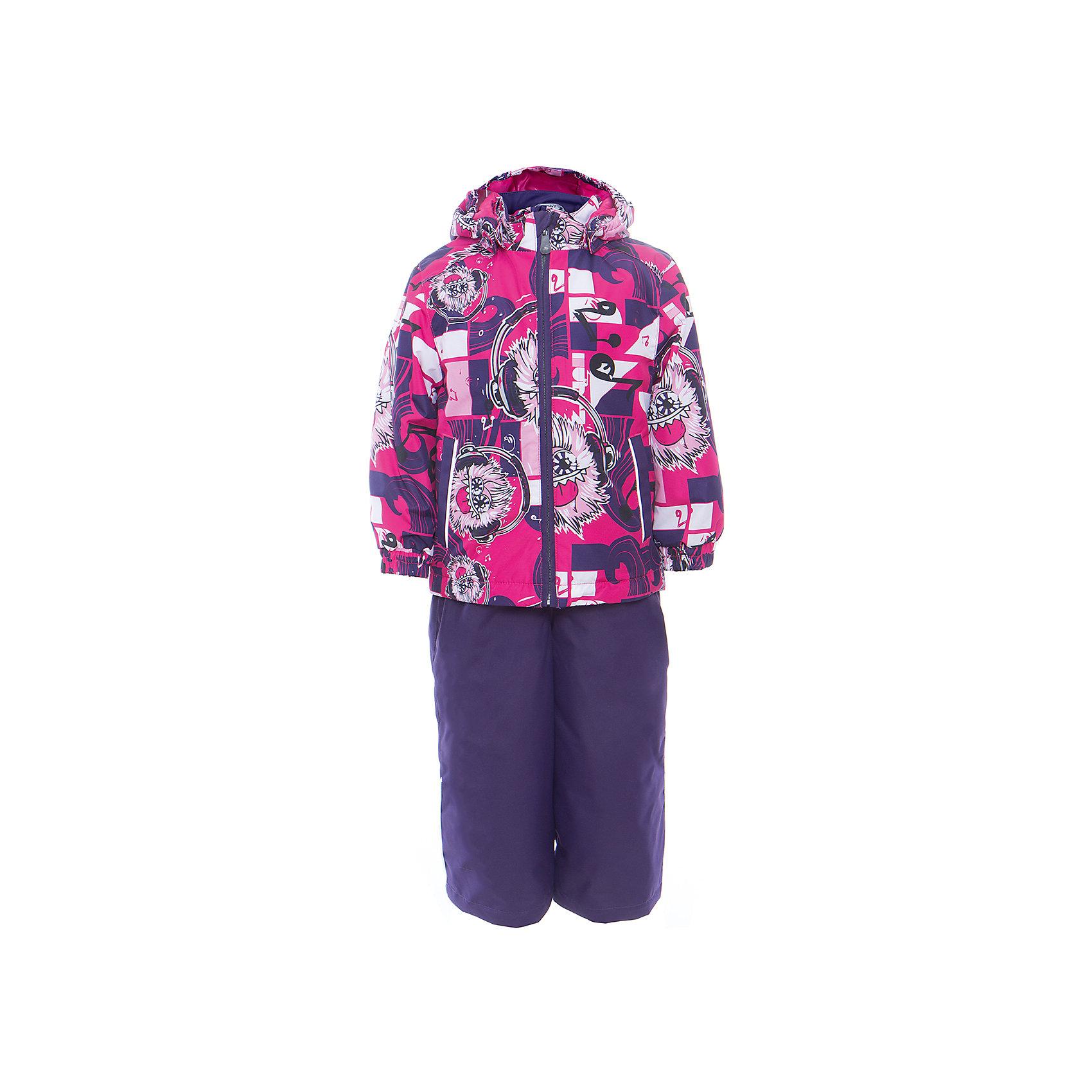 Комплект: куртка и полукомбинезон YOKO для девочки HuppaВерхняя одежда<br>Характеристики товара:<br><br>• цвет: фуксия принт/тёмно-фиолетовый<br>• комплектация: куртка и полукомбинезон <br>• ткань: 100% полиэстер<br>• подкладка: тафта - 100% полиэстер<br>• утеплитель: в куртке и в брюках - 100% полиэстер 100 г<br>• температурный режим: от -5°С до +10°С<br>• водонепроницаемость: 10000 мм<br>• воздухопроницаемость: 10000 мм<br>• светоотражающие детали<br>• шов сидения проклеен<br>• эластичный шнур по низу куртки<br>• эластичный шнур с фиксатором внизу брючин<br>• съёмный капюшон с резинкой<br>• эластичные манжеты рукавов<br>• регулируемые низы брючин<br>• без внутренних швов<br>• резиновые подтяжки<br>• коллекция: весна-лето 2017<br>• страна бренда: Эстония<br><br>Такой модный демисезонный комплект  обеспечит детям тепло и комфорт. Он сделан из материала, отталкивающего воду, и дополнен подкладкой с утеплителем, поэтому изделие идеально подходит для межсезонья. Материал изделий - с мембранной технологией: защищая от влаги и ветра, он легко выводит лишнюю влагу наружу. Комплект очень симпатично смотрится. <br><br>Одежда и обувь от популярного эстонского бренда Huppa - отличный вариант одеть ребенка можно и комфортно. Вещи, выпускаемые компанией, качественные, продуманные и очень удобные. Для производства изделий используются только безопасные для детей материалы. Продукция от Huppa порадует и детей, и их родителей!<br><br>Комплект: куртка и полукомбинезон YOKO от бренда Huppa (Хуппа) можно купить в нашем интернет-магазине.<br><br>Ширина мм: 356<br>Глубина мм: 10<br>Высота мм: 245<br>Вес г: 519<br>Цвет: фиолетовый<br>Возраст от месяцев: 72<br>Возраст до месяцев: 84<br>Пол: Женский<br>Возраст: Детский<br>Размер: 122,92,98,104,110,116<br>SKU: 5346781