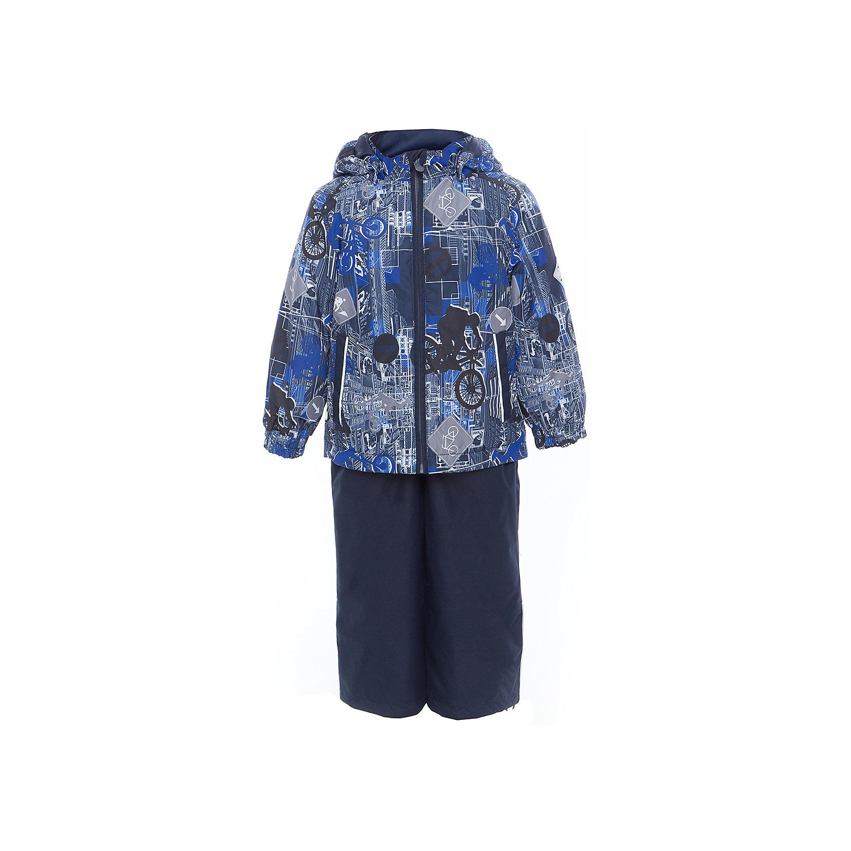 Комплект: куртка и полукомбинезон YOKO для мальчика HuppaВерхняя одежда<br>Характеристики товара:<br><br>• цвет: тёмно-синий принт<br>• комплектация: куртка и полукомбинезон <br>• ткань: 100% полиэстер<br>• подкладка: тафта - 100% полиэстер<br>• утеплитель: в куртке и в брюках - 100% полиэстер 100 г<br>• температурный режим: от -5°С до +10°С<br>• водонепроницаемость: 10000 мм<br>• воздухопроницаемость: 10000 мм<br>• светоотражающие детали<br>• шов сидения проклеен<br>• эластичный шнур по низу куртки<br>• эластичный шнур с фиксатором внизу брючин<br>• съёмный капюшон с резинкой<br>• эластичные манжеты рукавов<br>• регулируемые низы брючин<br>• без внутренних швов<br>• резиновые подтяжки<br>• коллекция: весна-лето 2017<br>• страна бренда: Эстония<br><br>Такой модный демисезонный комплект  обеспечит детям тепло и комфорт. Он сделан из материала, отталкивающего воду, и дополнен подкладкой с утеплителем, поэтому изделие идеально подходит для межсезонья. Материал изделий - с мембранной технологией: защищая от влаги и ветра, он легко выводит лишнюю влагу наружу. Комплект очень симпатично смотрится. <br><br>Одежда и обувь от популярного эстонского бренда Huppa - отличный вариант одеть ребенка можно и комфортно. Вещи, выпускаемые компанией, качественные, продуманные и очень удобные. Для производства изделий используются только безопасные для детей материалы. Продукция от Huppa порадует и детей, и их родителей!<br><br>Комплект: куртка и полукомбинезон YOKO от бренда Huppa (Хуппа) можно купить в нашем интернет-магазине.<br><br>Ширина мм: 356<br>Глубина мм: 10<br>Высота мм: 245<br>Вес г: 519<br>Цвет: синий<br>Возраст от месяцев: 72<br>Возраст до месяцев: 84<br>Пол: Мужской<br>Возраст: Детский<br>Размер: 122,92,98,104,110,116<br>SKU: 5346795
