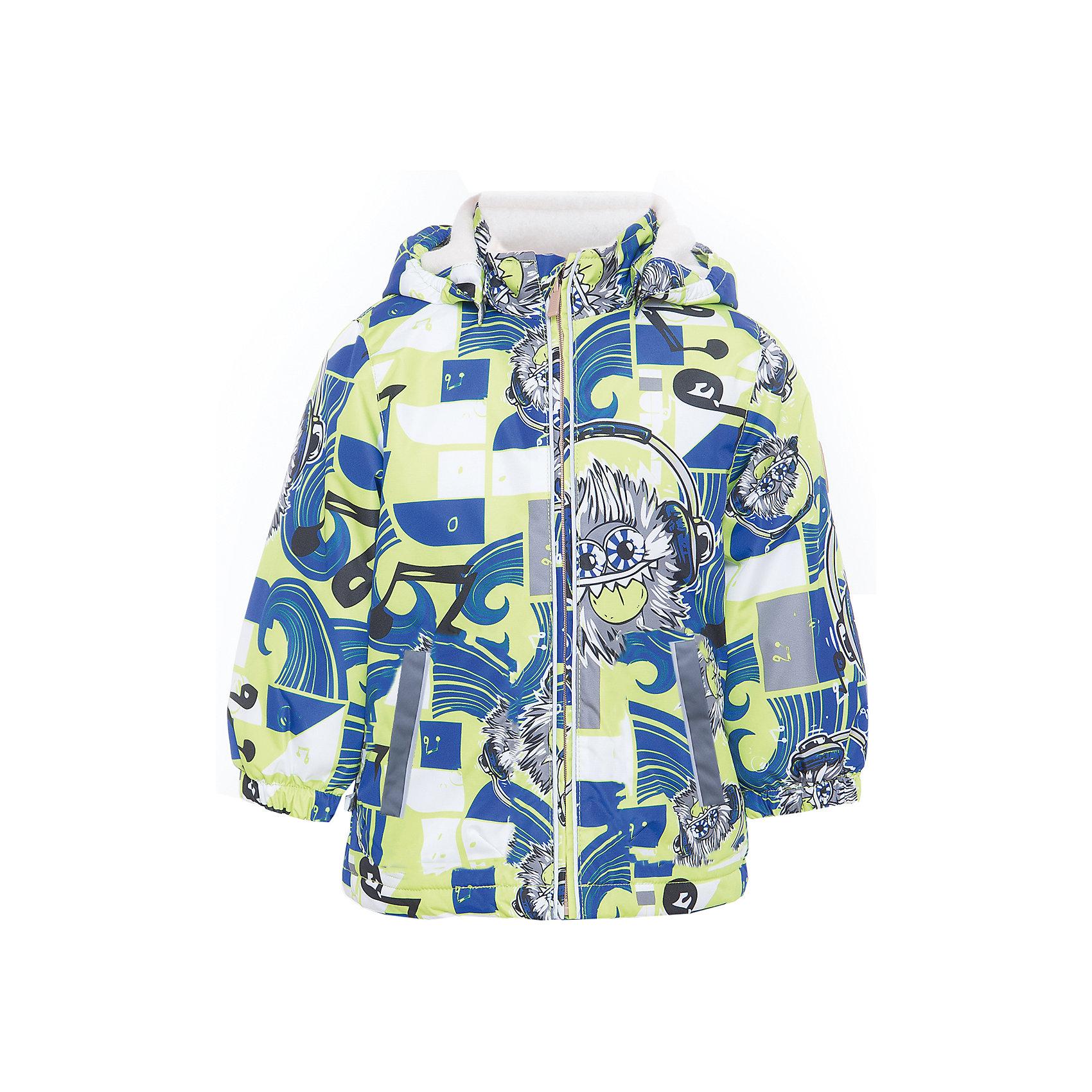 Куртка JODY для мальчика HuppaДемисезонные куртки<br>Характеристики товара:<br><br>• цвет: лайм/синий<br>• ткань: 100% полиэстер<br>• подкладка: тафта - 100% полиэстер<br>• утеплитель: 100% полиэстер 100 г<br>• температурный режим: от -5°С до +15°С<br>• водонепроницаемость: 10000 мм<br>• воздухопроницаемость: 10000 мм<br>• светоотражающие детали<br>• эластичные манжеты<br>• молния<br>• съёмный капюшон<br>• комфортная посадка<br>• коллекция: весна-лето 2017<br>• страна бренда: Эстония<br><br>Эта стильная куртка обеспечит детям тепло и комфорт. Она сделана из материала, отталкивающего воду, и дополнено подкладкой с утеплителем, поэтому изделие идеально подходит для межсезонья. Материал изделия - с мембранной технологией: защищая от влаги и ветра, он легко выводит лишнюю влагу наружу. Для удобства сделан капюшон. Куртка очень симпатично смотрится, яркая расцветка и крой добавляют ему оригинальности. Модель была разработана специально для детей.<br><br>Одежда и обувь от популярного эстонского бренда Huppa - отличный вариант одеть ребенка можно и комфортно. Вещи, выпускаемые компанией, качественные, продуманные и очень удобные. Для производства изделий используются только безопасные для детей материалы. Продукция от Huppa порадует и детей, и их родителей!<br><br>Куртку JODY от бренда Huppa (Хуппа) можно купить в нашем интернет-магазине.<br><br>Ширина мм: 356<br>Глубина мм: 10<br>Высота мм: 245<br>Вес г: 519<br>Цвет: зеленый<br>Возраст от месяцев: 132<br>Возраст до месяцев: 144<br>Пол: Мужской<br>Возраст: Детский<br>Размер: 152,92,98,104,110,116,122,128,134,140,146<br>SKU: 5346997