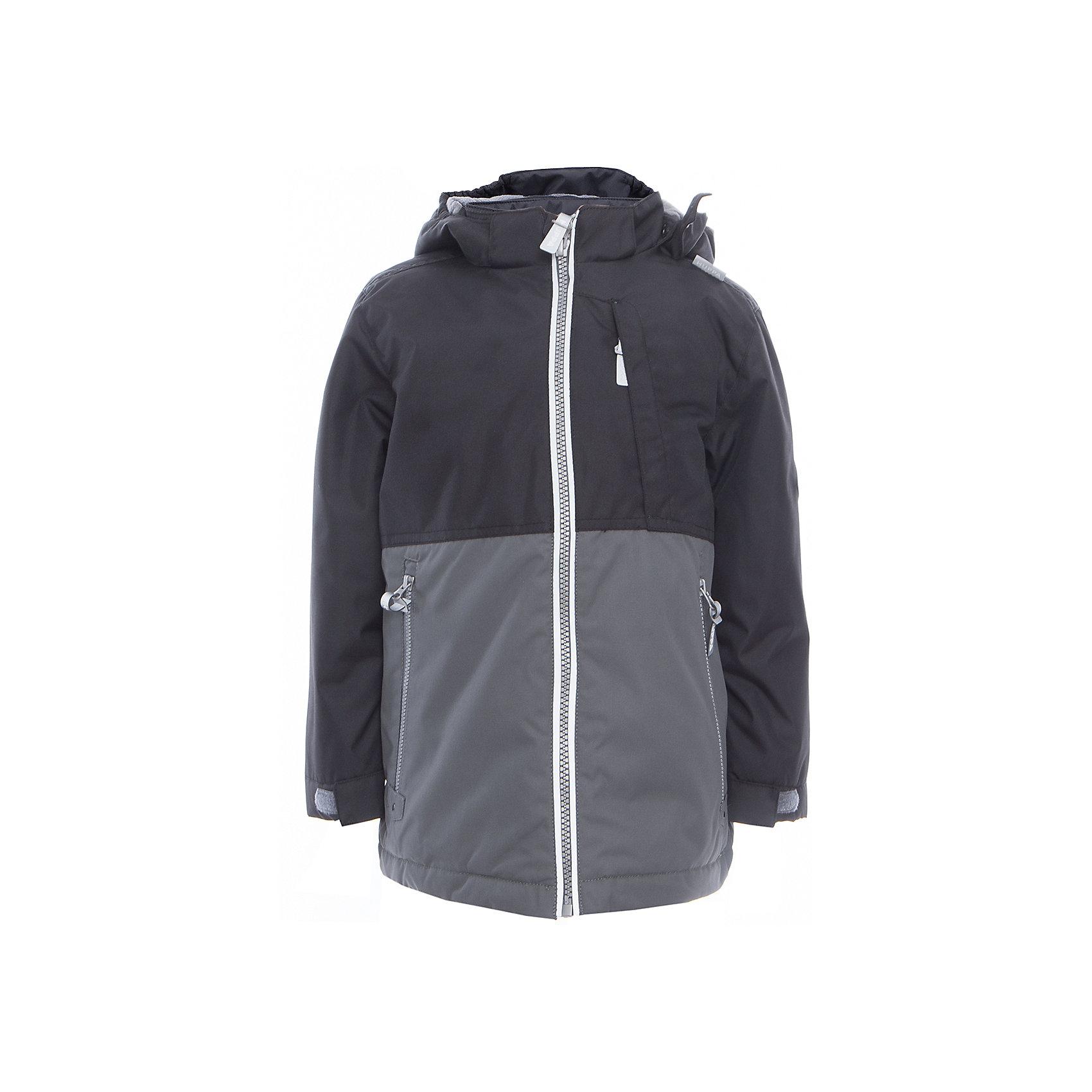Куртка для мальчика TREVOR HuppaДемисезонные куртки<br>Характеристики товара:<br><br>• цвет: чёрный/серый<br>• ткань: 100% полиэстер<br>• подкладка: тафта - 100% полиэстер<br>• утеплитель: 100% полиэстер 100 г<br>• температурный режим: от -5°С до +10°С<br>• водонепроницаемость: 10000 мм<br>• воздухопроницаемость: 10000 мм<br>• светоотражающие детали<br>• эластичные манжеты<br>• проклеенные швы<br>• карманы на молнии<br>• эластичный шнур + фиксатор<br>• съёмный капюшон с резинкой<br>• регулируемые манжеты<br>• комфортная посадка<br>• коллекция: весна-лето 2017<br>• страна бренда: Эстония<br><br>Эта стильная куртка обеспечит детям тепло и комфорт. Она сделана из материала, отталкивающего воду, и дополнено подкладкой с утеплителем, поэтому изделие идеально подходит для межсезонья. Материал изделия - с мембранной технологией: защищая от влаги и ветра, он легко выводит лишнюю влагу наружу. Для удобства сделан капюшон. Куртка очень симпатично смотрится, яркая расцветка и крой добавляют ему оригинальности. Модель была разработана специально для детей.<br><br>Одежда и обувь от популярного эстонского бренда Huppa - отличный вариант одеть ребенка можно и комфортно. Вещи, выпускаемые компанией, качественные, продуманные и очень удобные. Для производства изделий используются только безопасные для детей материалы. Продукция от Huppa порадует и детей, и их родителей!<br><br>Куртку для мальчика TREVOR от бренда Huppa (Хуппа) можно купить в нашем интернет-магазине.<br><br>Ширина мм: 356<br>Глубина мм: 10<br>Высота мм: 245<br>Вес г: 519<br>Цвет: серый<br>Возраст от месяцев: 132<br>Возраст до месяцев: 144<br>Пол: Мужской<br>Возраст: Детский<br>Размер: 152,104,110,116,122,128,134,140,146<br>SKU: 5347053
