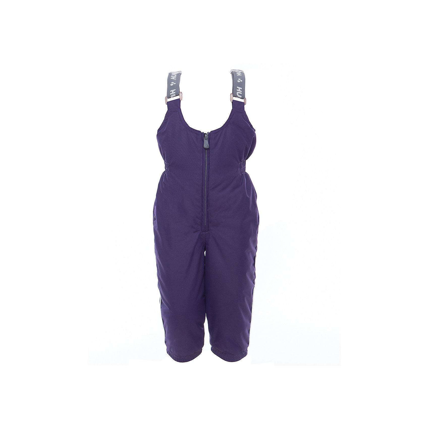 Брюки NEO для девочки HuppaВерхняя одежда<br>Характеристики товара:<br><br>• цвет: тёмно-фиолетовый<br>• ткань: 100% полиэстер<br>• подкладка: тафта - 100% полиэстер<br>• утеплитель: 100% полиэстер 100 г<br>• температурный режим: от -5°С до +10°С<br>• водонепроницаемость: 10000 мм<br>• воздухопроницаемость: 10000 мм<br>• светоотражающие детали<br>• шов сидения проклеен<br>• манжеты брюк с резинкой<br>• съёмные штрипки<br>• без внутренних швов<br>• резиновые подтяжки<br>• комфортная посадка<br>• коллекция: весна-лето 2017<br>• страна бренда: Эстония<br><br>Эти утепленные брюки обеспечат детям тепло и комфорт. Они сделаны из материала, отталкивающего воду, и дополнены подкладкой с утеплителем, поэтому изделие идеально подходит для межсезонья. Материал изделия - с мембранной технологией: защищая от влаги и ветра, он легко выводит лишнюю влагу наружу. Для удобства лямки сделаны регулиющимися, а манжеты - эластичными. Брюки очень симпатично смотрятся. Модель была разработана специально для детей.<br><br>Одежда и обувь от популярного эстонского бренда Huppa - отличный вариант одеть ребенка можно и комфортно. Вещи, выпускаемые компанией, качественные, продуманные и очень удобные. Для производства изделий используются только безопасные для детей материалы. Продукция от Huppa порадует и детей, и их родителей!<br><br>Брюки NEO от бренда Huppa (Хуппа) можно купить в нашем интернет-магазине.<br><br>Ширина мм: 215<br>Глубина мм: 88<br>Высота мм: 191<br>Вес г: 336<br>Цвет: розовый<br>Возраст от месяцев: 12<br>Возраст до месяцев: 15<br>Пол: Женский<br>Возраст: Детский<br>Размер: 80,122,86,92,98,104,110,116<br>SKU: 5347173