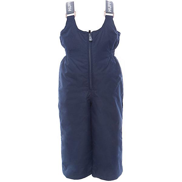 Полукомбинезон JORMA HuppaВерхняя одежда<br>Характеристики товара:<br><br>• цвет: тёмно-синий<br>• ткань: 100% полиэстер<br>• подкладка: тафта - 100% полиэстер<br>• утеплитель: 100% полиэстер 100 г<br>• температурный режим: от -5°С до +10°С<br>• водонепроницаемость: 10000 мм<br>• воздухопроницаемость: 10000 мм<br>• светоотражающие детали<br>• шов сидения проклеен<br>• регулируемые низы брючин<br>• эластичный шнурок + фиксатор<br>• без внутренних швов<br>• резиновые подтяжки<br>• комфортная посадка<br>• коллекция: весна-лето 2017<br>• страна бренда: Эстония<br><br>Эти утепленные брюки обеспечат детям тепло и комфорт. Они сделаны из материала, отталкивающего воду, и дополнены подкладкой с утеплителем, поэтому изделие идеально подходит для межсезонья. Материал изделия - с мембранной технологией: защищая от влаги и ветра, он легко выводит лишнюю влагу наружу. Для удобства лямки сделаны регулиющимися, а манжеты - эластичными. Брюки очень симпатично смотрятся. Модель была разработана специально для детей.<br><br>Одежда и обувь от популярного эстонского бренда Huppa - отличный вариант одеть ребенка можно и комфортно. Вещи, выпускаемые компанией, качественные, продуманные и очень удобные. Для производства изделий используются только безопасные для детей материалы. Продукция от Huppa порадует и детей, и их родителей!<br><br>Брюки JORMA от бренда Huppa (Хуппа) можно купить в нашем интернет-магазине.<br><br>Ширина мм: 215<br>Глубина мм: 88<br>Высота мм: 191<br>Вес г: 336<br>Цвет: синий<br>Возраст от месяцев: 48<br>Возраст до месяцев: 60<br>Пол: Унисекс<br>Возраст: Детский<br>Размер: 110,92,134,128,122,116,104,98<br>SKU: 5347209