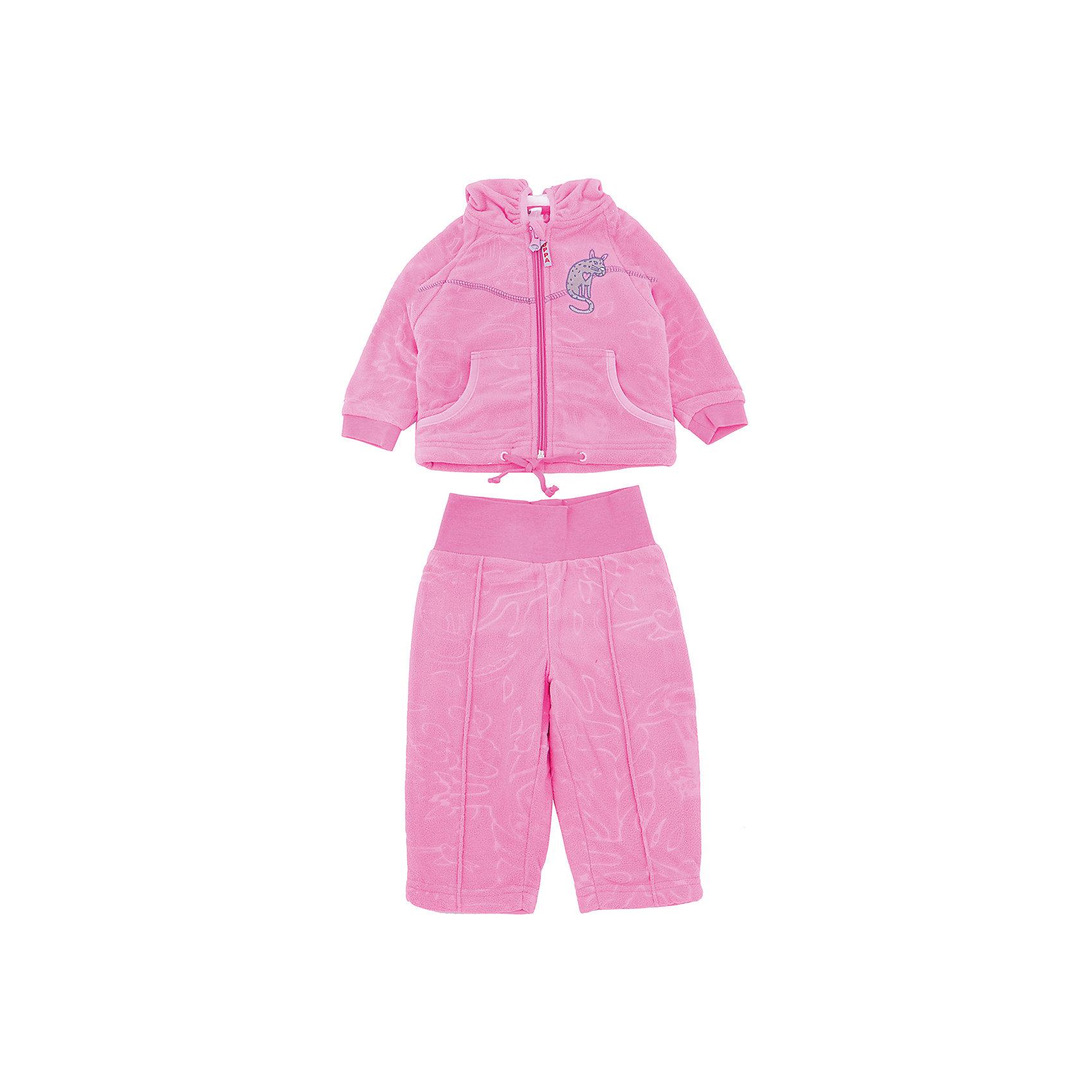 Комплект флисовый JACOBI для девочки HuppaФлис и термобелье<br>Характеристики товара:<br><br>• цвет: розовый<br>• состав: 100% полиэстер (флис), подкладка - 100% хлопок<br>• комплектация: курточка, брюки<br>• застежка: молния<br>• капюшон<br>• мягкие манжеты на куртке<br>• декорирована вышивкой<br>• комфортная посадка<br>• пояс брюк - мягкая резинка<br>• мягкий материал<br>• страна бренда: Эстония<br><br>Такой комплект обеспечит малышам тепло и комфорт. Он сделан из приятного на ощупь материала с мягким ворсом, поэтому изделия не колются и не натирают. Подкладка выполнена из дышащего и гипоаллергенного хлопка. Комплект очень симпатично смотрится, яркая расцветка и отделка добавляют ему оригинальности. Модель была разработана специально для малышей.<br><br>Одежда и обувь от популярного эстонского бренда Huppa - отличный вариант одеть ребенка можно и комфортно. Вещи, выпускаемые компанией, качественные, продуманные и очень удобные. Для производства изделий используются только безопасные для детей материалы. Продукция от Huppa порадует и детей, и их родителей!<br><br>Комплект флисовый JACOBI от бренда Huppa (Хуппа) можно купить в нашем интернет-магазине.<br><br>Ширина мм: 190<br>Глубина мм: 74<br>Высота мм: 229<br>Вес г: 236<br>Цвет: розовый<br>Возраст от месяцев: 18<br>Возраст до месяцев: 24<br>Пол: Женский<br>Возраст: Детский<br>Размер: 62,68,74,80,86,92<br>SKU: 5347533