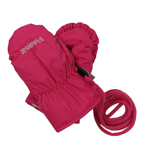 Варежки NUNNU для девочки HuppaПерчатки, варежки<br>Характеристики товара:<br><br>• цвет: фуксия<br>• ткань: 100% полиэстер<br>• подкладка: 100% полиэстер<br>• температурный режим: от 0°С до +10°С<br>• водонепроницаемость: 5000 мм<br>• воздухопроницаемость: 5000 мм<br>• не промокаемые <br>• не продуваемые<br>• логотип<br>• шнурок<br>• прочная ткань<br>• комфортная посадка<br>• страна бренда: Эстония<br><br>Эти утепленные варежки обеспечат детям тепло и комфорт в межсезонье. Они сделаны из материала, отталкивающего воду, поэтому изделие идеально подходит для межсезонья. Материал изделия - с мембранной технологией: защищая от влаги и ветра, он легко выводит лишнюю влагу наружу. Варежки очень симпатично смотрятся. Модель была разработана специально для детей.<br><br>Одежда и обувь от популярного эстонского бренда Huppa - отличный вариант одеть ребенка можно и комфортно. Вещи, выпускаемые компанией, качественные, продуманные и очень удобные. Для производства изделий используются только безопасные для детей материалы. Продукция от Huppa порадует и детей, и их родителей!<br><br>Варежки NUNNU от бренда Huppa (Хуппа) можно купить в нашем интернет-магазине.<br><br>Ширина мм: 162<br>Глубина мм: 171<br>Высота мм: 55<br>Вес г: 119<br>Цвет: лиловый<br>Возраст от месяцев: 0<br>Возраст до месяцев: 12<br>Пол: Женский<br>Возраст: Детский<br>Размер: 0,2,1<br>SKU: 5347924