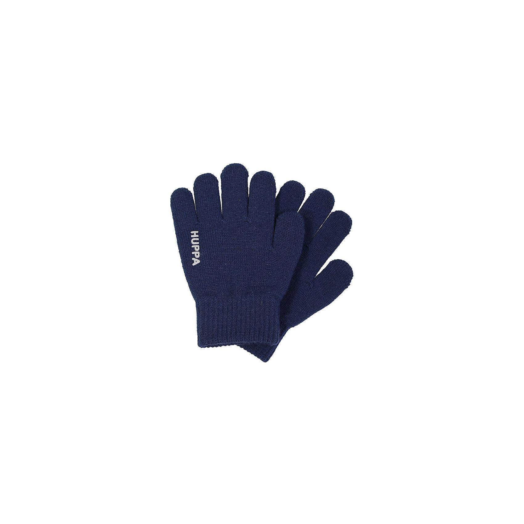 Перчатки LEVI HuppaХарактеристики товара:<br><br>• цвет: тёмно-синий<br>• состав: 100% акрил<br>• температурный режим: от 0°С до +10°С<br>• мягкая пряжа<br>• логотип<br>• широкая мягкая резинка<br>• комфортная посадка<br>• страна бренда: Эстония<br><br>Эти перчатки обеспечат детям тепло и комфорт в межсезонье. Они сделаны из мягкого дышащего материала, поэтому изделие идеально подходит для межсезонья. Перчатки очень симпатично смотрятся. Модель была разработана специально для детей.<br><br>Одежда и обувь от популярного эстонского бренда Huppa - отличный вариант одеть ребенка можно и комфортно. Вещи, выпускаемые компанией, качественные, продуманные и очень удобные. Для производства изделий используются только безопасные для детей материалы. Продукция от Huppa порадует и детей, и их родителей!<br><br>Перчатки LEVI от бренда Huppa (Хуппа) можно купить в нашем интернет-магазине.<br><br>Ширина мм: 162<br>Глубина мм: 171<br>Высота мм: 55<br>Вес г: 119<br>Цвет: синий<br>Возраст от месяцев: 48<br>Возраст до месяцев: 60<br>Пол: Унисекс<br>Возраст: Детский<br>Размер: 2,1<br>SKU: 5348061