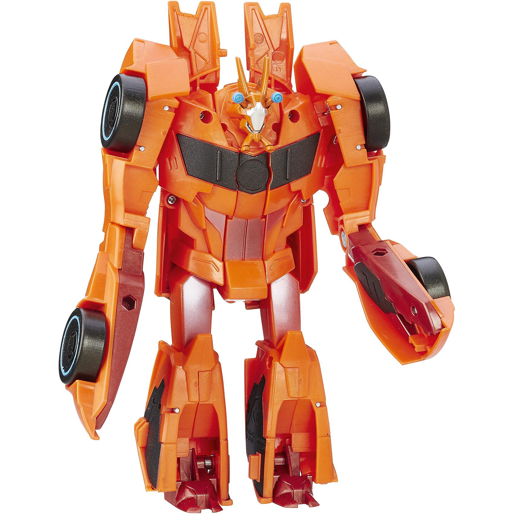 Роботс-ин-Дисгайс Гиперчэндж - Биск, ТрансформерыИгрушки<br>Характеристики:<br><br>• Вид игр: сюжетно-ролевые, коллекционирование<br>• Пол: для мальчиков<br>• Коллекция: Трансформеры<br>• Материал: пластик<br>• Высота робота: от 12 см<br>• Трансформируется в машинку<br>• На фигурке имеется сканируемая наклейка, которая открывает доступ и дополнительные возможности в бесплатном мобильном приложении Hasbro Robots in Disguise<br>• Вес в упаковке: 300 г<br>• Размеры упаковки (Г*Ш*В): 15*6*17,5 см<br>• Упаковка: блистер на картонной подложке<br><br>Роботс-ин-Дисгайс Гиперчэндж, Биск, Трансформеры, B0067/B7045, B0067/B7045 от Хасбро – это коллекция трансформеров-роботов, созданных по мотивам популярного мультсериала Трансформеры: Роботы под прикрытием. Коллекция включает в себя роботов двух враждующих кланов. Каждая фигурка трансформируется либо в машину, либо в монстра или динозавра. Фигурки героев данной серии выполнены из безопасного и устойчивого к ударам пластика, окрашены нетоксичной краской. На груди робота имеется сканируемая наклейка, которая открывает доступ и дополнительные возможности в бесплатном мобильном приложении Hasbro Robots in Disguise. Фигурка выполнена с высокой степенью детализации. Сюжетно-ролевые игры с Роботс-ин-Дисгайс Гиперчэндж, Биск, Трансформеры, B0067/B7045, B0067/B7045 будут способствовать эмоциональному развитию ребенка, а разыгрываемые сюжеты с любимыми героями позволят развивать память и воображение. <br><br>Роботс-ин-Дисгайс Гиперчэндж, Биск, Трансформеры, B0067/B7045, B0067/B7045 можно купить в нашем интернет-магазине.<br><br>Ширина мм: 79<br>Глубина мм: 203<br>Высота мм: 229<br>Вес г: 300<br>Возраст от месяцев: 60<br>Возраст до месяцев: 120<br>Пол: Мужской<br>Возраст: Детский<br>SKU: 5352847