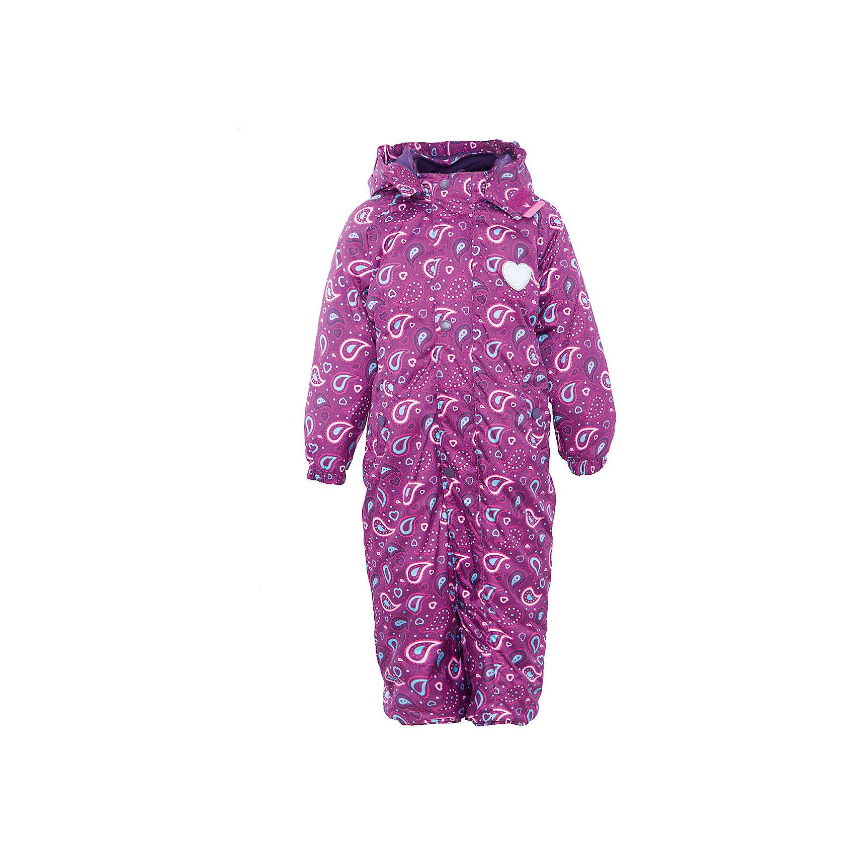 Комбинезон для девочки PremontВерхняя одежда<br>Характеристики товара:<br><br>• цвет: фиолетовый<br>• состав: мембрана 3000мм/3000г/м2/24h<br>• подкладка: трикотаж, Taffeta <br>• утеплитель - Tech-polyfill (120г/м2)<br>• светоотражающие элементы<br>• температурный режим: от -5°С до +10°С<br>• застежка - молния<br>• капюшон съемный с утяжкой<br>• принт<br>• ветронепроницаемый, водо- и грязеотталкивающий и дышащий материал<br>• эластичные манжеты<br>• комфортная посадка<br>• страна бренда: Канада<br><br>Демисезонный комбинезон - универсальный вариант и для прохладной осени, и для первых заморозков. Эта модель - модная и удобная одновременно! Комбинезон отличается стильным ярким дизайном. Комплект хорошо сидит по фигуре, отлично сочетается с различной обувью. Вещь была разработана специально для детей.<br><br>Одежда от канадского бренда Premont уже завоевала популярностью у многих детей и их родителей. Вещи, выпускаемые компанией, качественные, продуманные и очень удобные. Для производства коллекций используются только безопасные для детей материалы.<br><br>Комбинезон для девочки от бренда Premont можно купить в нашем интернет-магазине.<br><br>Ширина мм: 356<br>Глубина мм: 10<br>Высота мм: 245<br>Вес г: 519<br>Цвет: розовый<br>Возраст от месяцев: 18<br>Возраст до месяцев: 24<br>Пол: Женский<br>Возраст: Детский<br>Размер: 92,98,68,74,80,86<br>SKU: 5352923