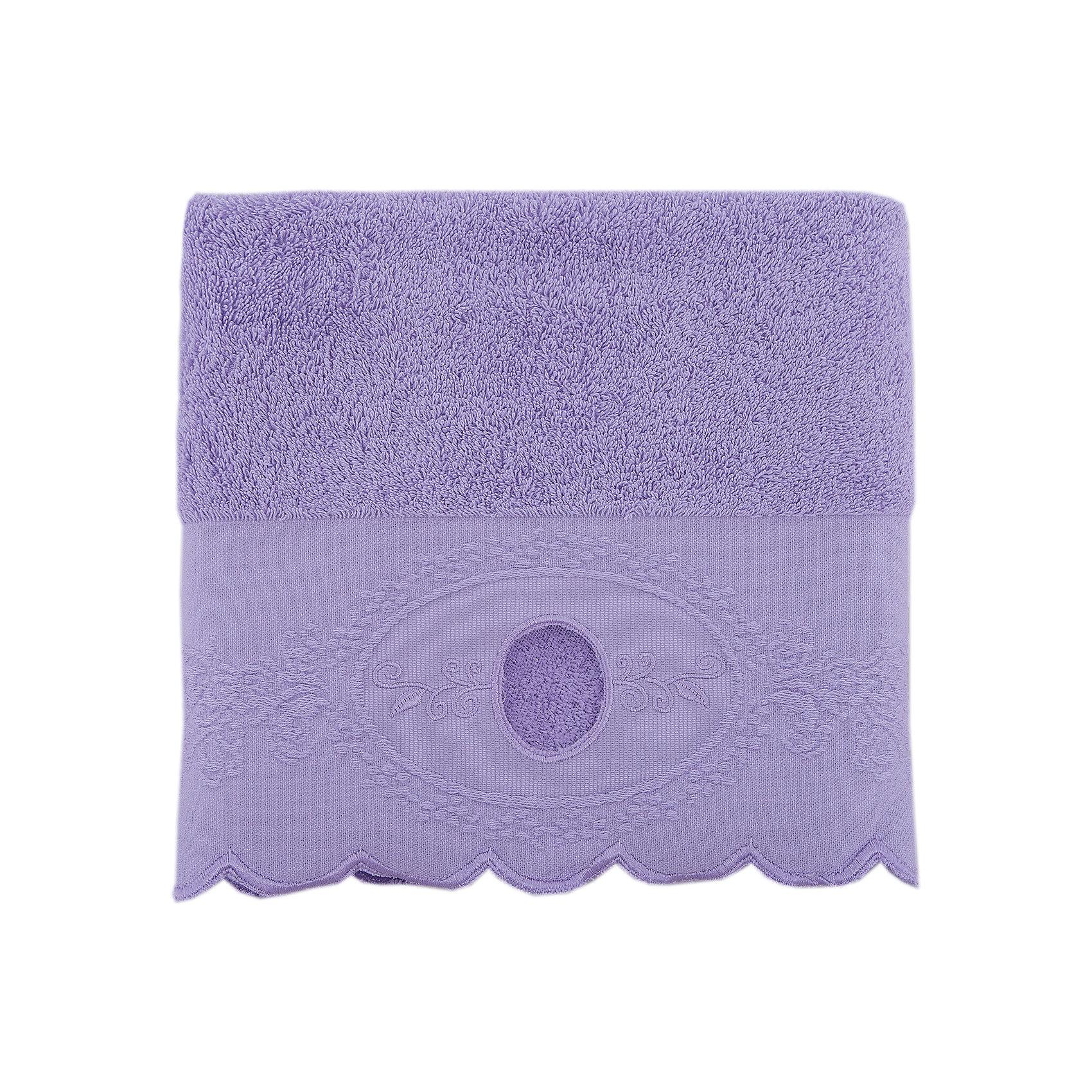Полотенце махровое 50*90 Жаклин, Cozy Home, лиловыйВанная комната<br>Полотенце махровое 50*90 Жаклин, Cozy Home (Кози Хоум), лиловый<br><br>Характеристики:<br><br>• хорошо впитывает влагу<br>• изысканный дизайн<br>• материал: хлопок<br>• размер: 50х90 см<br>• цвет: лиловый<br><br>Махровое полотенце от Cozy Home порадует вас своей мягкостью и прочностью. Оно изготовлено из качественного хлопка. Как известно, хлопок - гипоаллергенный материал, приятный телу. Он не теряет свою форму, практически не мнется и даже обладает антибактериальными свойствами. Полотенца из хлопка хорошо впитывают влагу, обладая высокой гигроскопичностью. Полотенце дополнено волнистым узором, вышивкой по краю и отлично подойдет к любому интерьеру ванной комнаты.<br><br>Полотенце махровое 50*90 Жаклин, Cozy Home (Кози Хоум), лиловый вы можете купить в нашем интернет-магазине.<br><br>Ширина мм: 150<br>Глубина мм: 250<br>Высота мм: 150<br>Вес г: 250<br>Возраст от месяцев: 0<br>Возраст до месяцев: 216<br>Пол: Женский<br>Возраст: Детский<br>SKU: 5355284