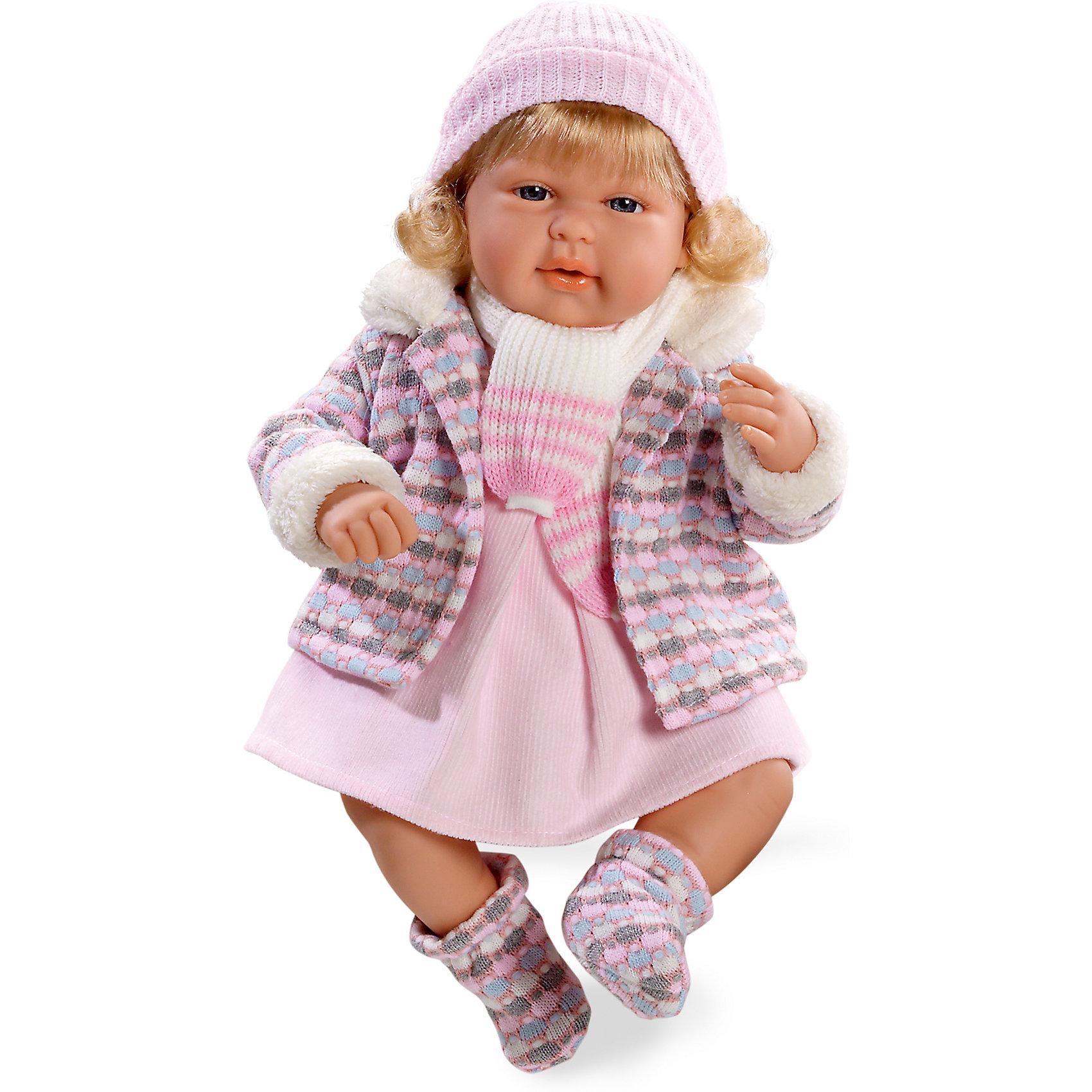 Кукла Elegance Девочка с соской, в теплой курточке, смеется, розовый, 45 см , AriasКлассические куклы<br>Характеристики:<br><br>• Вид игр: сюжетно-ролевые<br>• Пол: для девочек<br>• Коллекция: Elegance<br>• Материал: винил, текстиль, нейлон<br>• Длина куклы: 45 см<br>• Комплектация: кукла, платьице, курточка, пинетки, шапочка, шарф, соска<br>• Подвижные ручки и ножки <br>• Умеет смеяться<br>• Батарейки: 3 x AG13 / LR44 (предусмотрены в комплекте)<br>• Вес в упаковке: 1 кг 680 г<br>• Размеры упаковки (Г*Ш*В): 20*20*50 см<br>• Упаковка: картонная коробка<br>• Особенности ухода: куклу можно купать, одежда – ручная стирка<br><br>Кукла Elegance Девочка с соской, в теплой курточке, смеется, розовый, 45 см , Arias изготовлена известным испанским торговым предприятием Munecas, который специализируется на выпуске кукол и пупсов. Пупсы и куклы Arias с высокой степенью достоверности повторяют облик маленьких детей, благодаря мельчайшим деталям внешнего вида и одежды игрушки выглядят мило и очаровательно. Кукла выполнена из винила, у нее подвижные ручки и ножки, четко прорисованные глаза и брови, курносый носик и пухленькие губки. Светлые густые волосы слегка завиты. Малышка одета в розовое платьице, теплую курточку, отделанную мехом, на ножках у нее теплые пинетки в тон курточке, дополняют теплый комплект одежды вязаные шапочка и шарф. При нажатии на животик, кукла начинает смеяться. Кукла Elegance Девочка с соской, в теплой курточке, смеется, розовый, 45 см , Arias идеальным подарком для девочки к любому празднику.<br><br>Куклу Elegance Девочка с соской, в теплой курточке, смеется, розовый, 45 см , Arias можно купить в нашем интернет-магазине.<br><br>Ширина мм: 320<br>Глубина мм: 540<br>Высота мм: 165<br>Вес г: 1563<br>Возраст от месяцев: 36<br>Возраст до месяцев: 120<br>Пол: Женский<br>Возраст: Детский<br>SKU: 5355540