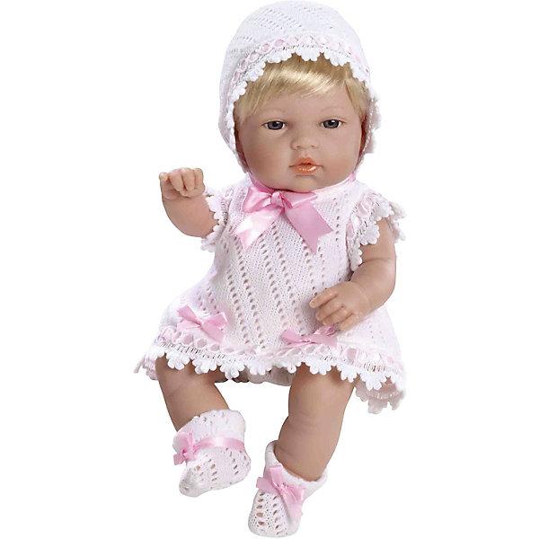 Пупс Блондинка, в белом с розовыми цветами, 33см, AriasКуклы<br>Характеристики:<br><br>• Вид игр: сюжетно-ролевые<br>• Пол: для девочек<br>• Коллекция: Elegance<br>• Материал: винил, текстиль, нейлон<br>• Длина пупса: 33 см<br>• Комплектация: пупс, платье, чепчик, пинетки<br>• Подвижные ручки и ножки <br>• Вес в упаковке: 1 кг 650 г<br>• Размеры упаковки (Г*Ш*В): 41*14*24 см<br>• Упаковка: картонная коробка<br>• Особенности ухода: куклу можно купать, одежда – ручная стирка<br><br>Пупс Блондинка, в белом с розовыми цветами, 33см, Arias изготовлен известным испанским торговым предприятием Munecas, который специализируется на выпуске кукол и пупсов. Пупсы и куклы Arias с высокой степенью достоверности повторяют облик маленьких детей, благодаря мельчайшим деталям внешнего вида и одежды игрушки выглядят мило и очаровательно. Пупс выполнен из винила, у него подвижные ручки и ножки, короткие светлые волосы, четко прорисованные глаза и брови, курносый носик и пухленькие губки. Малышка одета в вязаное ажурной вязкой платье белого цвета, пинетки и чепчик. Все детали гардероба декорированы розовыми атласными ленточками. Пупс Блондинка, в белом с розовыми цветами, 33см, Arias станет идеальным подарком для девочки к любому празднику.<br><br>Пупса Блондинку, в белом с розовыми цветами, 33см, Arias можно купить в нашем интернет-магазине.<br>Ширина мм: 405; Глубина мм: 140; Высота мм: 240; Вес г: 1075; Возраст от месяцев: 36; Возраст до месяцев: 120; Пол: Женский; Возраст: Детский; SKU: 5355545;