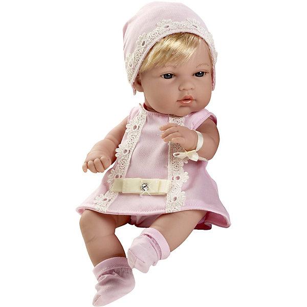 Пупс-блондинка в розовом платьице со стразами Swarowski, 33см, AriasКуклы<br>Характеристики:<br><br>• Вид игр: сюжетно-ролевые<br>• Пол: для девочек<br>• Коллекция: Elegance<br>• Материал: винил, текстиль, нейлон<br>• Длина пупса: 33 см<br>• Комплектация: кукла, платье, пинетки, шапочка<br>• Подвижные ручки и ножки <br>• Вес в упаковке: 850 г<br>• Размеры упаковки (Г*Ш*В): 35*12*20 см<br>• Упаковка: картонная коробка<br>• Особенности ухода: куклу можно купать, одежда – ручная стирка<br><br>Пупс-блондинка в розовом платьице со стразами Swarowski, 33см, Arias изготовлен известным испанским торговым предприятием Munecas, который специализируется на выпуске кукол и пупсов. Пупсы и куклы Arias с высокой степенью достоверности повторяют облик маленьких детей, благодаря мельчайшим деталям внешнего вида и одежды игрушки выглядят мило и очаровательно. Кукла выполнена из винила, у нее подвижные ручки и ножки, короткие светлые волосы, четко прорисованные глаза и брови, курносый носик и пухленькие губки. Малышка одета в легкое розовое платье, декорированное кружевом и стразами. На ножках у нее розовые пинетки, на голове – шапочка. Пупс-блондинка в розовом платьице со стразами Swarowski, 33см, Arias идеальным подарком для девочки к любому празднику.<br><br>Куклу-блондинку, в голубом платье с бантом, 33см, Arias можно купить в нашем интернет-магазине.<br><br>Ширина мм: 200<br>Глубина мм: 350<br>Высота мм: 120<br>Вес г: 958<br>Возраст от месяцев: 36<br>Возраст до месяцев: 120<br>Пол: Женский<br>Возраст: Детский<br>SKU: 5355552