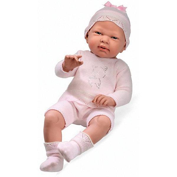 Пупс в розовом костюмчике со стразами Swarowski в виде котёнка, 52см, AriasБренды кукол<br>Характеристики:<br><br>• Вид игр: сюжетно-ролевые<br>• Пол: для девочек<br>• Коллекция: Elegance<br>• Материал: винил, текстиль<br>• Длина пупса: 52 см<br>• Комплектация: кукла, кофточка, шортики, пинетки, шапочка<br>• Подвижные ручки и ножки <br>• Вес в упаковке: 2 кг 700 г<br>• Размеры упаковки (Г*Ш*В): 26*18,5*56,5 см<br>• Упаковка: картонная коробка<br>• Особенности ухода: куклу можно купать, одежда – ручная стирка<br><br>Пупс в розовом костюмчике со стразами Swarowski в виде котёнка, 52см, Arias изготовлен известным испанским торговым предприятием Munecas, который специализируется на выпуске кукол и пупсов. Пупсы и куклы Arias с высокой степенью достоверности повторяют облик маленьких детей, благодаря мельчайшим деталям внешнего вида и одежды игрушки выглядят мило и очаровательно. Пупс выполнен из винила, у него подвижные ручки и ножки, четко прорисованные глаза и брови, курносый носик и пухленькие губки. Комплект одежды состоит из кофточки с длинными рукавами, на передней полочке которой стразами выложено изображение котенка и шортиков. Дополняют образ розовые пинетки и шапочка. Пупс в розовом костюмчике со стразами Swarowski в виде котёнка, 52см, Arias станет идеальным подарком для девочки к любому празднику.<br><br>Пупса в розовом костюмчике со стразами Swarowski в виде котёнка, 52см, Arias можно купить в нашем интернет-магазине.<br><br>Ширина мм: 565<br>Глубина мм: 185<br>Высота мм: 260<br>Вес г: 2500<br>Возраст от месяцев: 36<br>Возраст до месяцев: 120<br>Пол: Женский<br>Возраст: Детский<br>SKU: 5355555